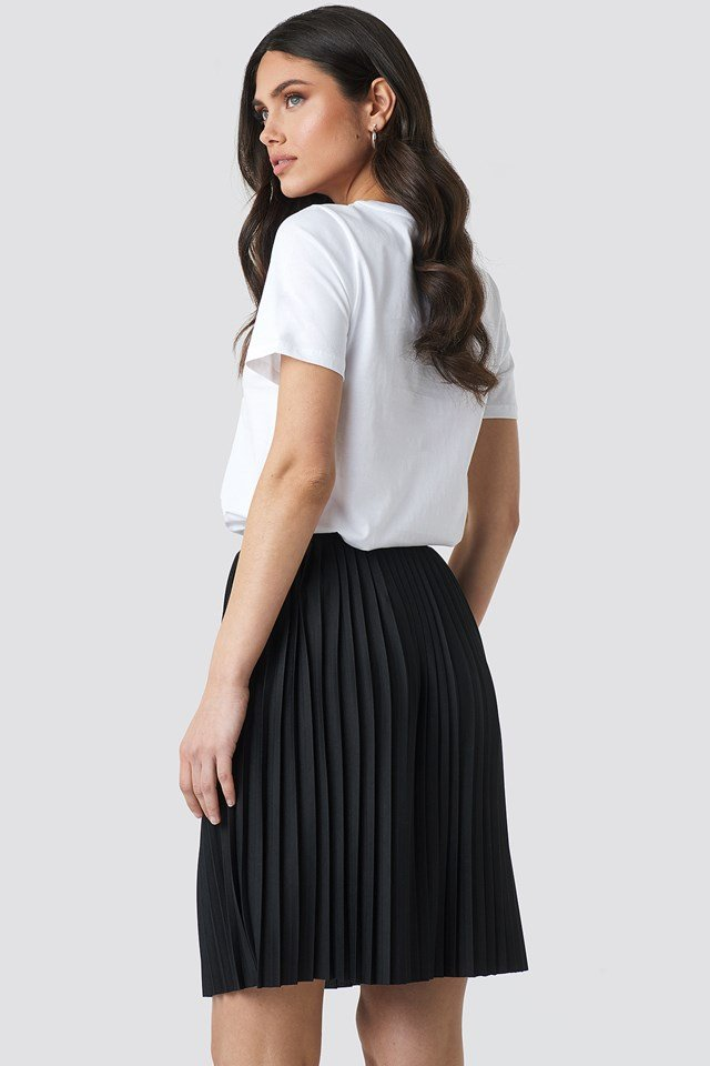 Short Pleated Skirt Black