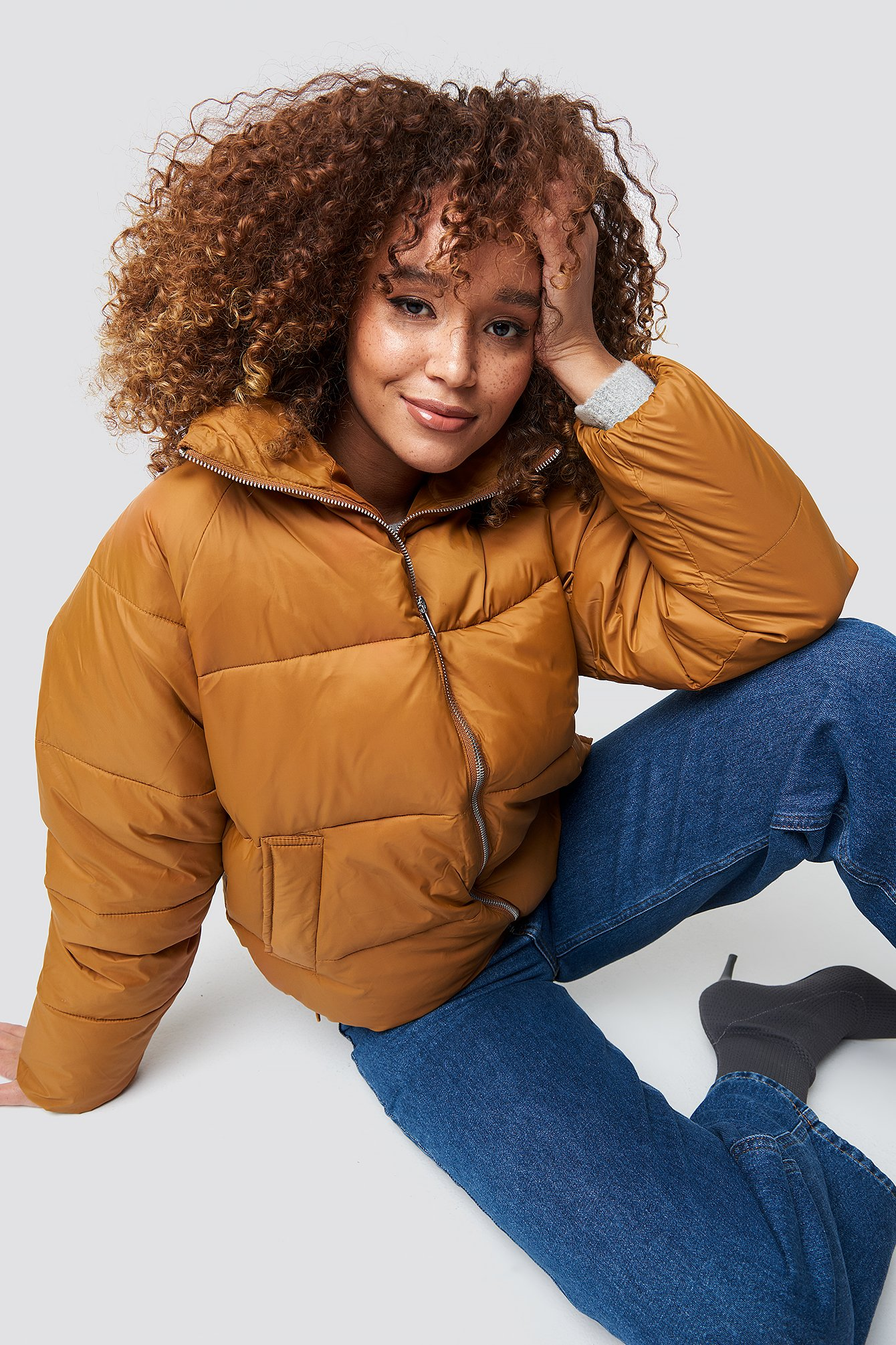 na-kd trend -  Short Puffer Jacket - Brown