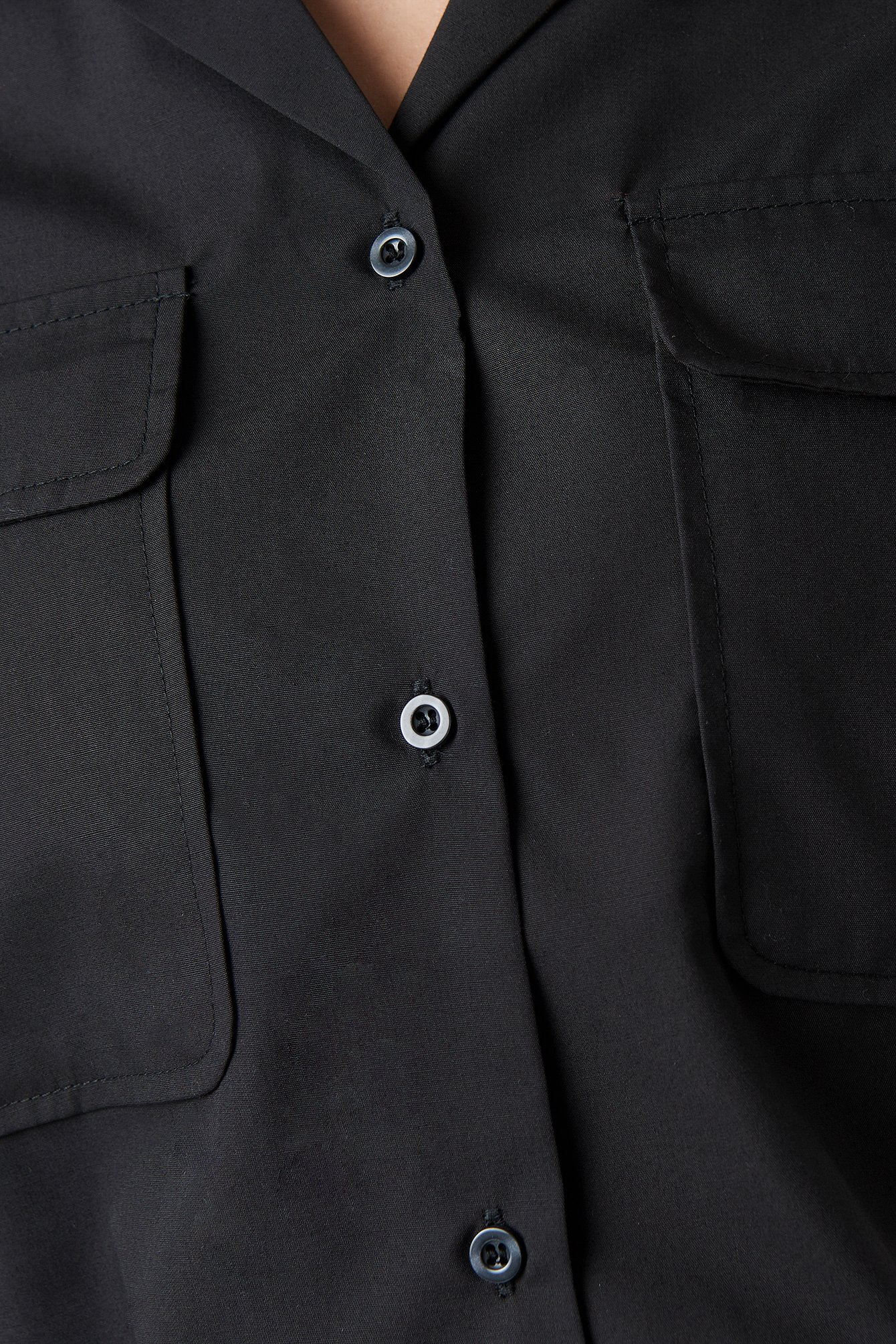 Short Sleeve Front Pockets Shirt NA-KD.COM