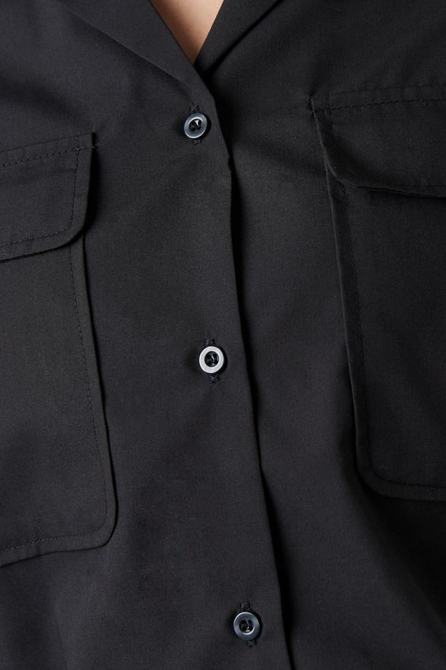 Short Sleeve Front Pockets Shirt NA-KD.COM