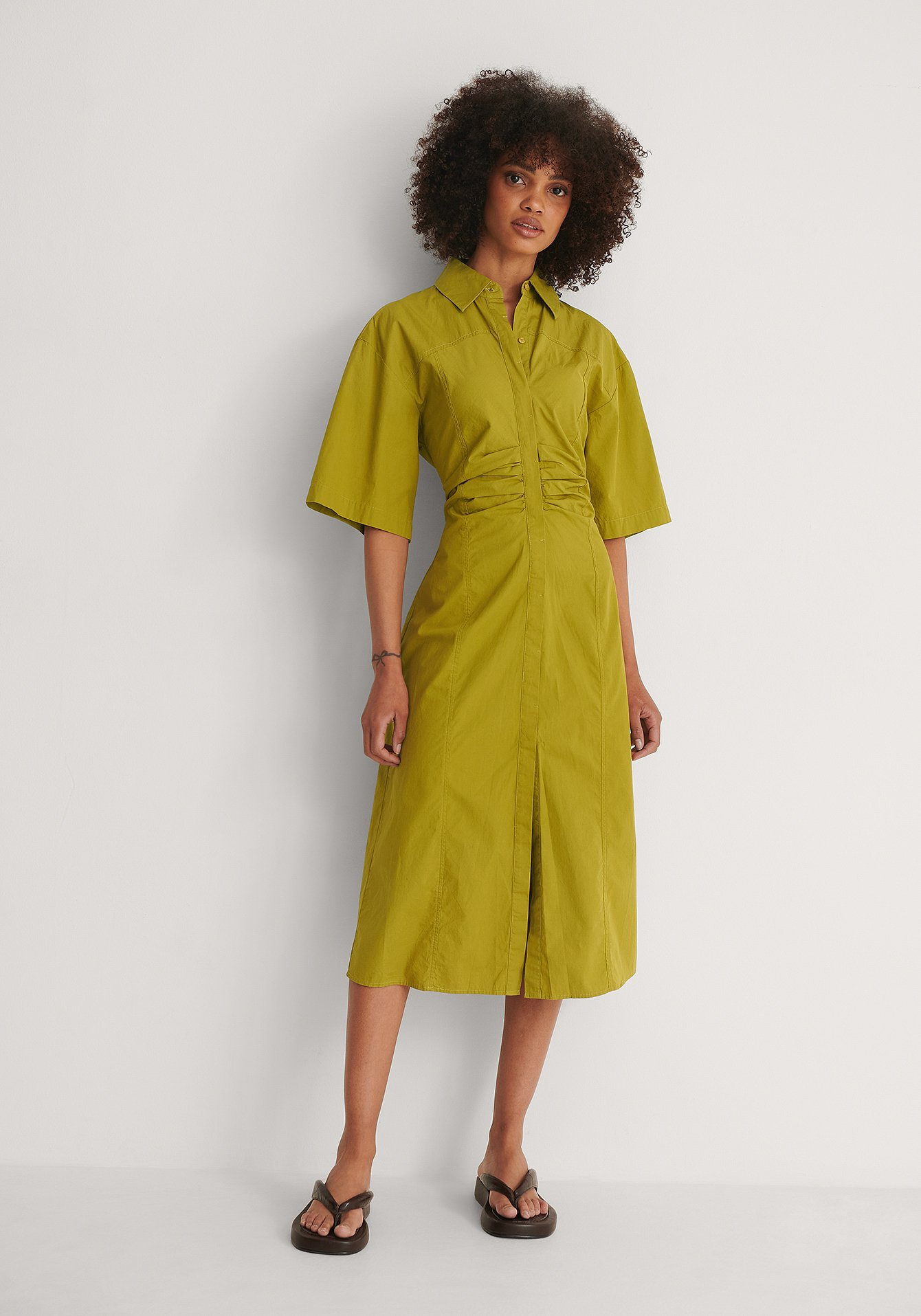 Green Short Sleeve Gathered Midi Dress