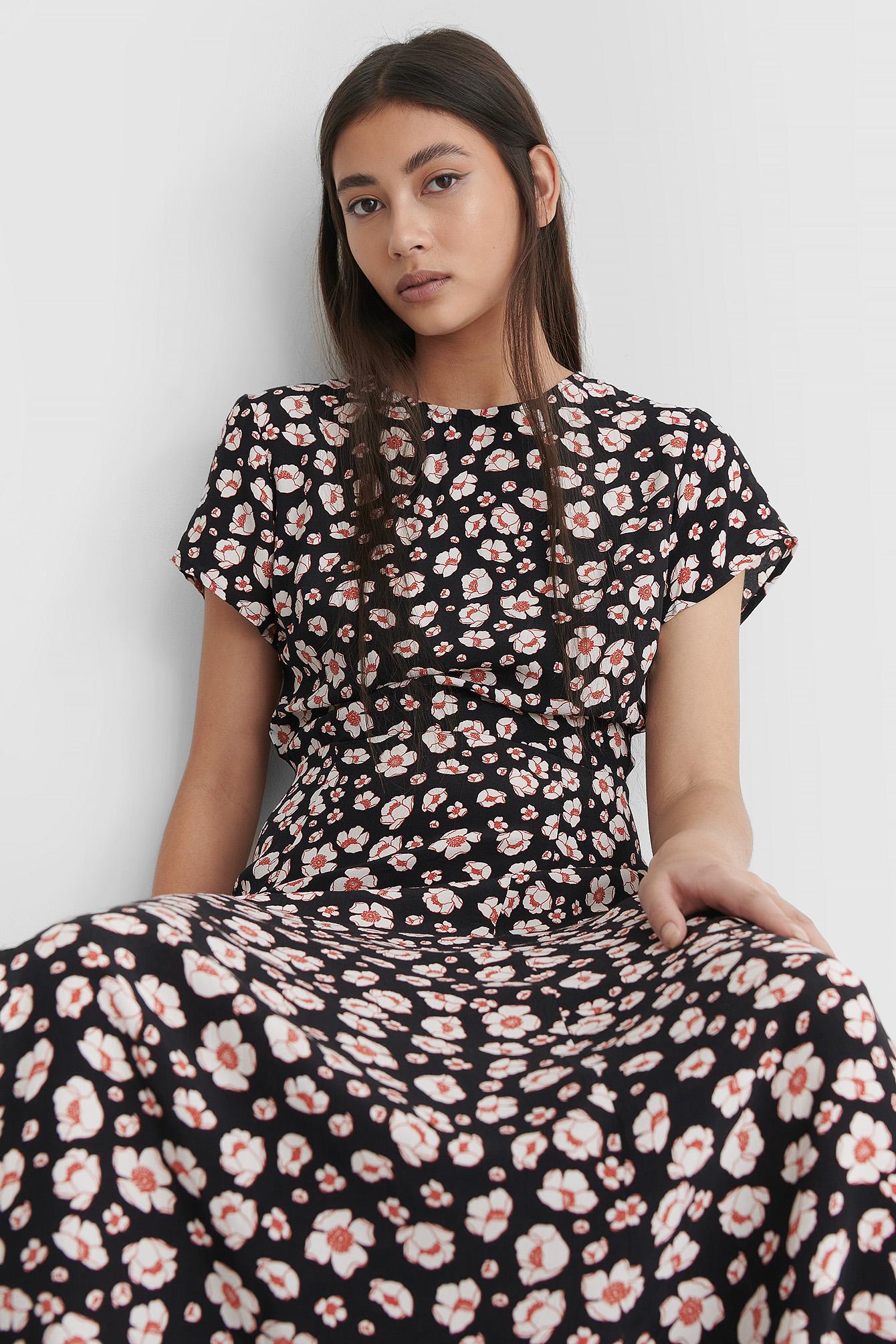 na-kd -  Kleid Mit Offener Rückenpartie - Multicolor