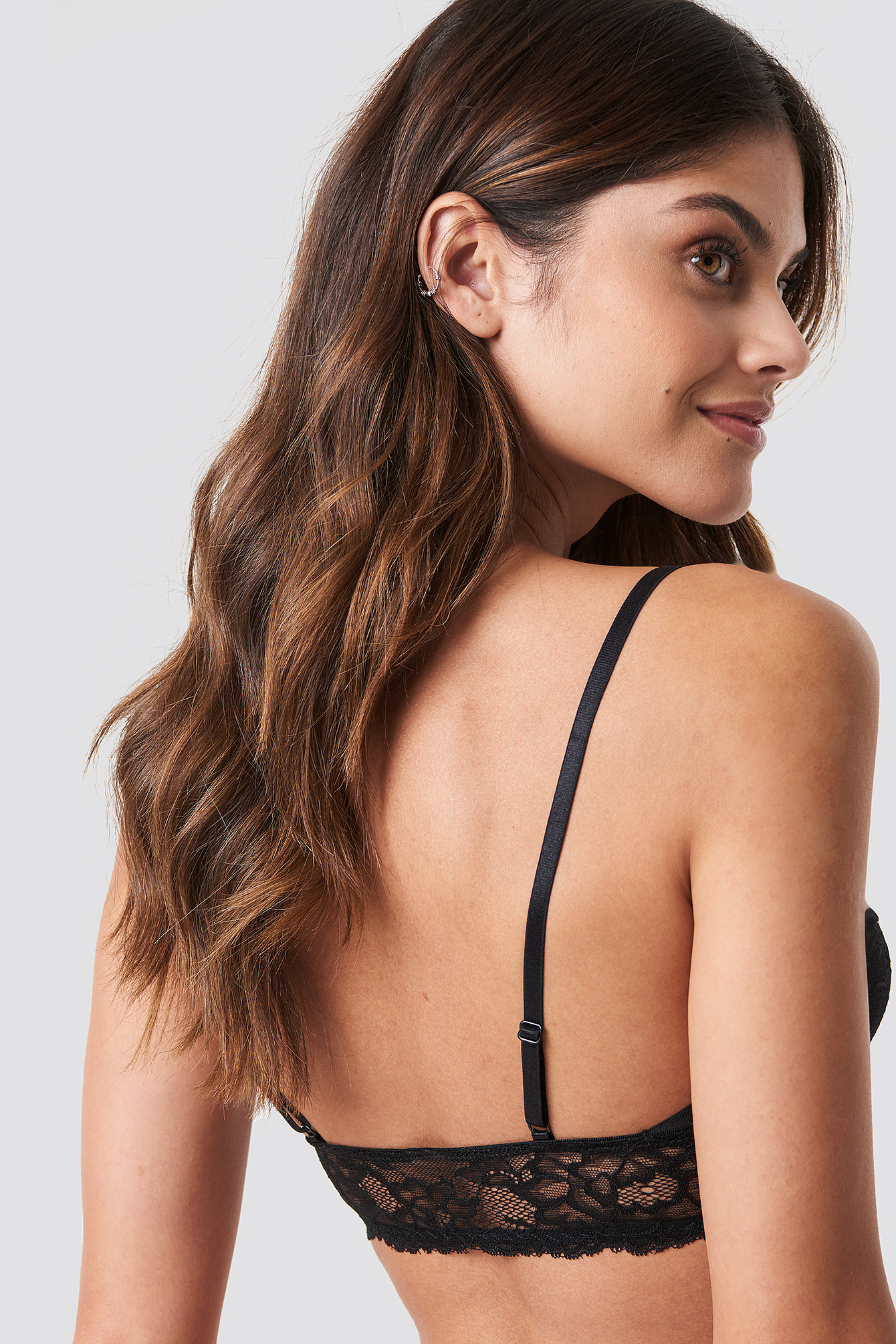 Side Cut Lace Bralette NA-KD.COM