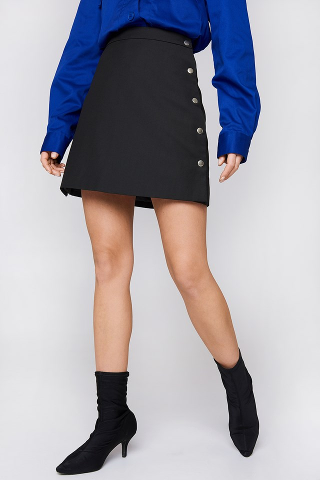 Side Poppers Mini Skirt NA-KD.COM