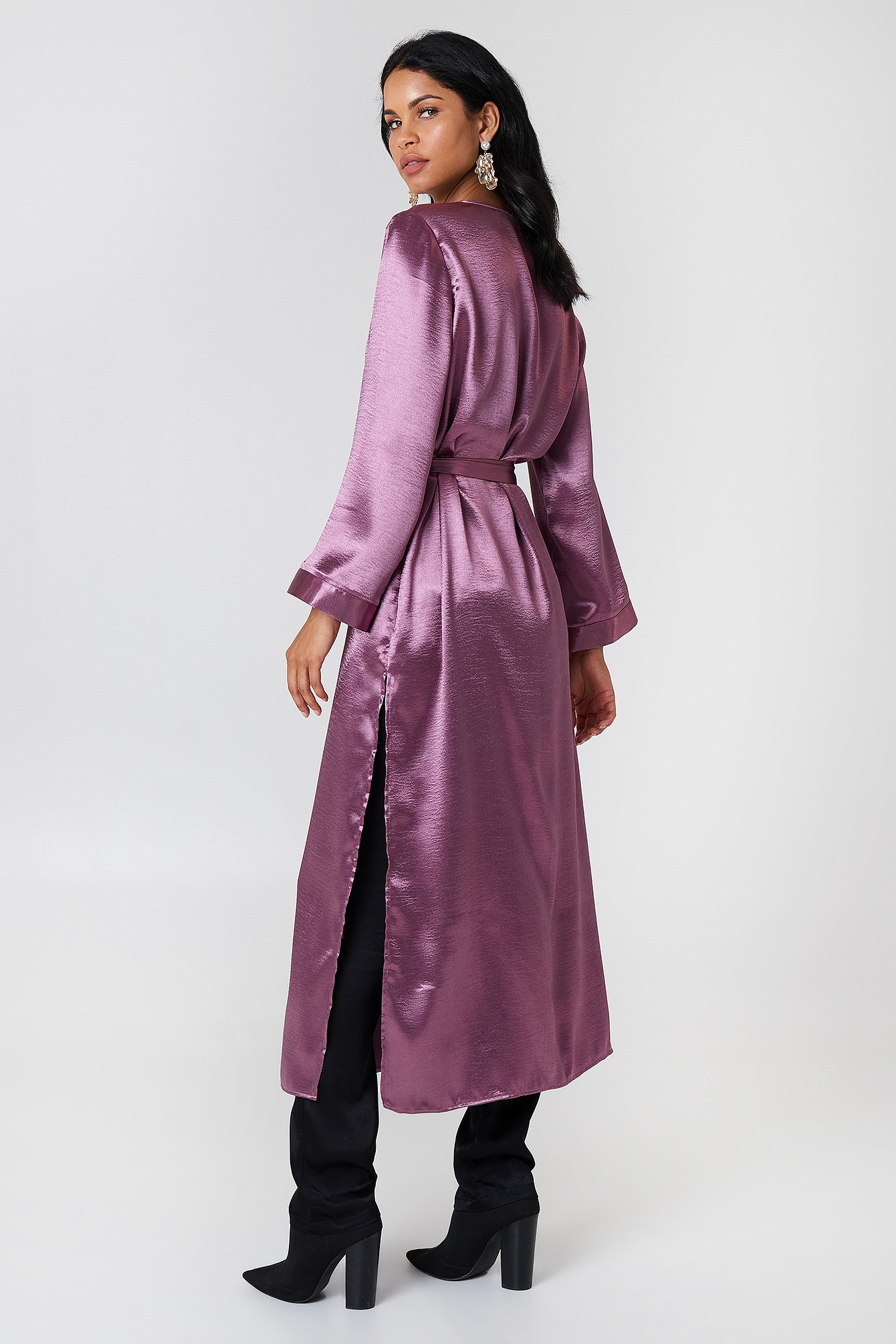 Side Slit Satin Coat NA-KD.COM