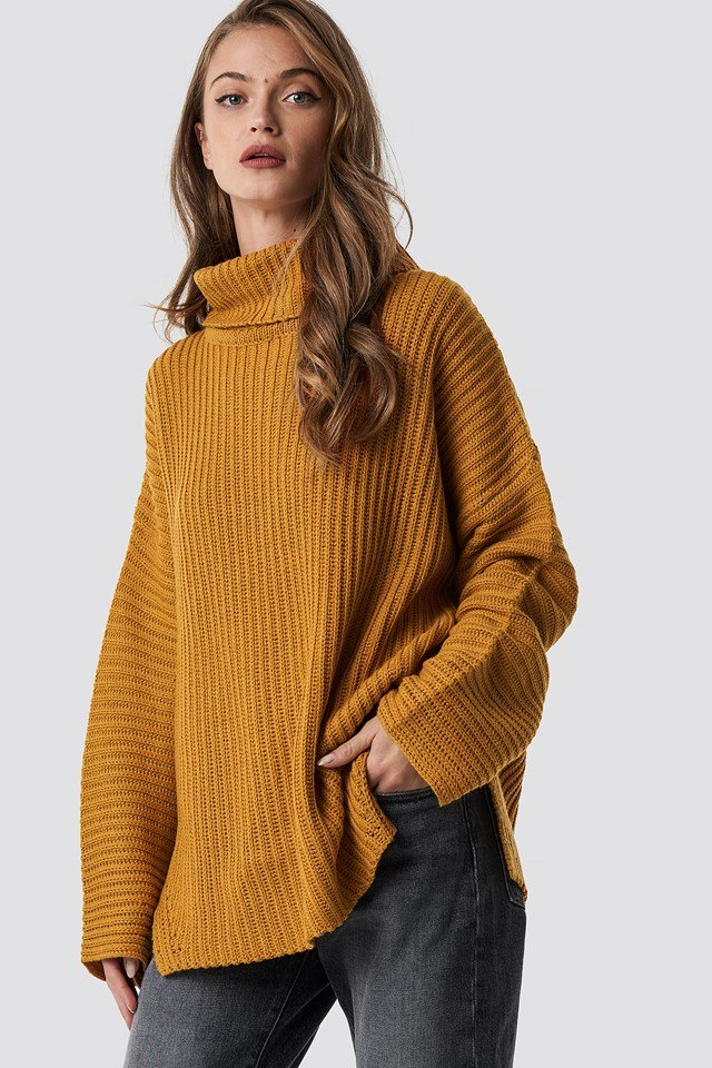 Side Slits High Neck Sweater NA-KD.COM
