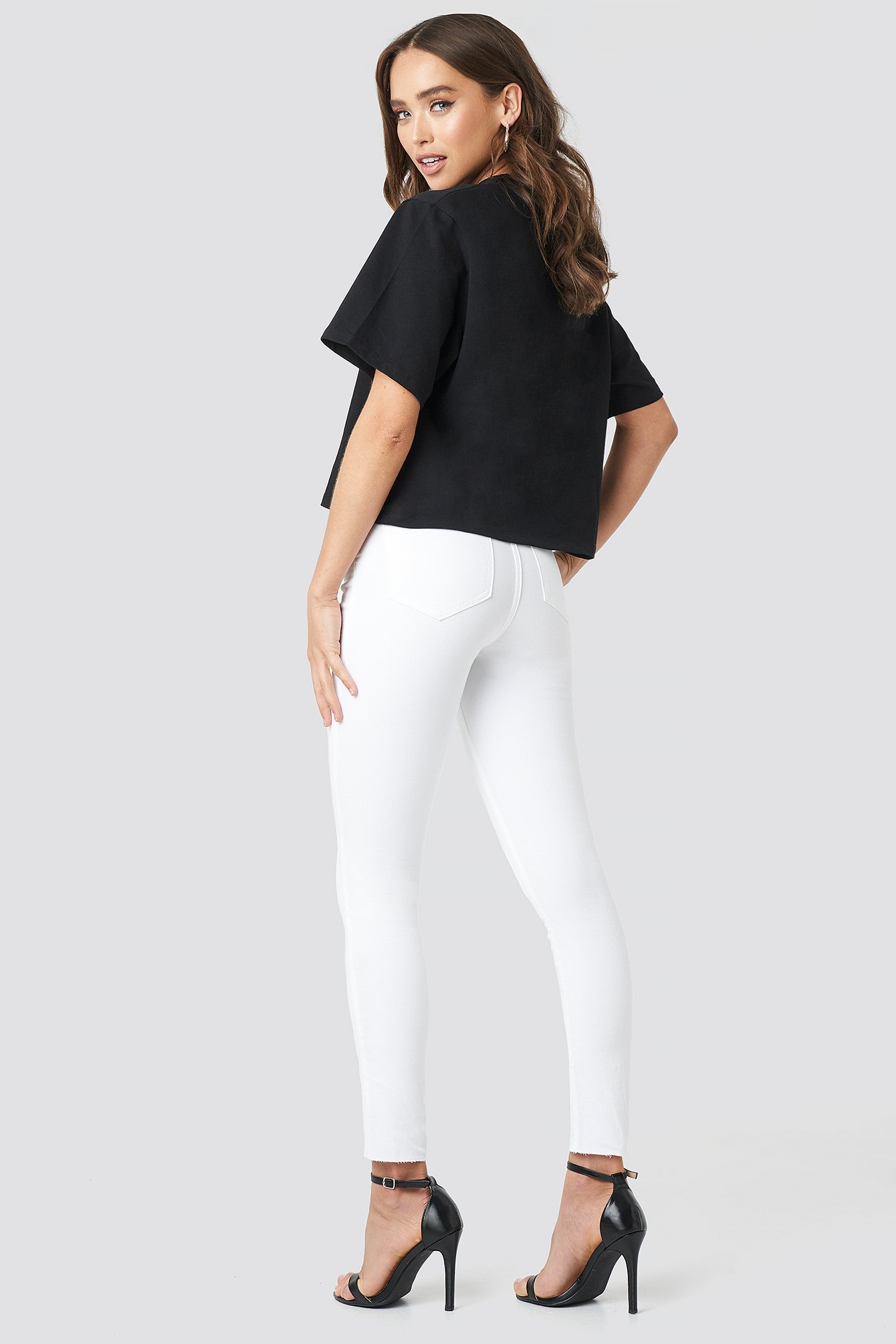 White Skinny High Waist Raw Hem Jeans