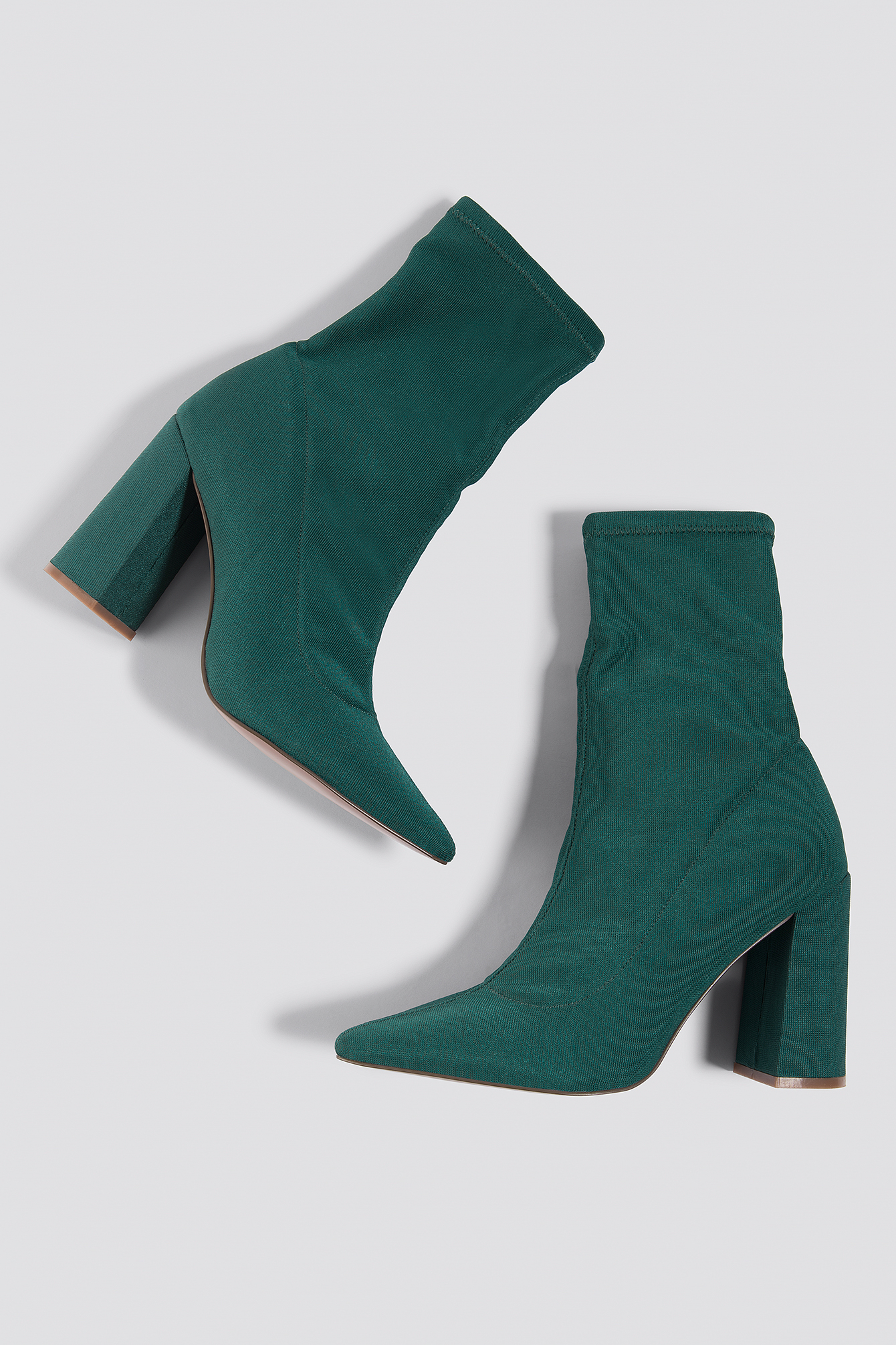 na-kd shoes -  Slanted Heel Sock Boots - Green