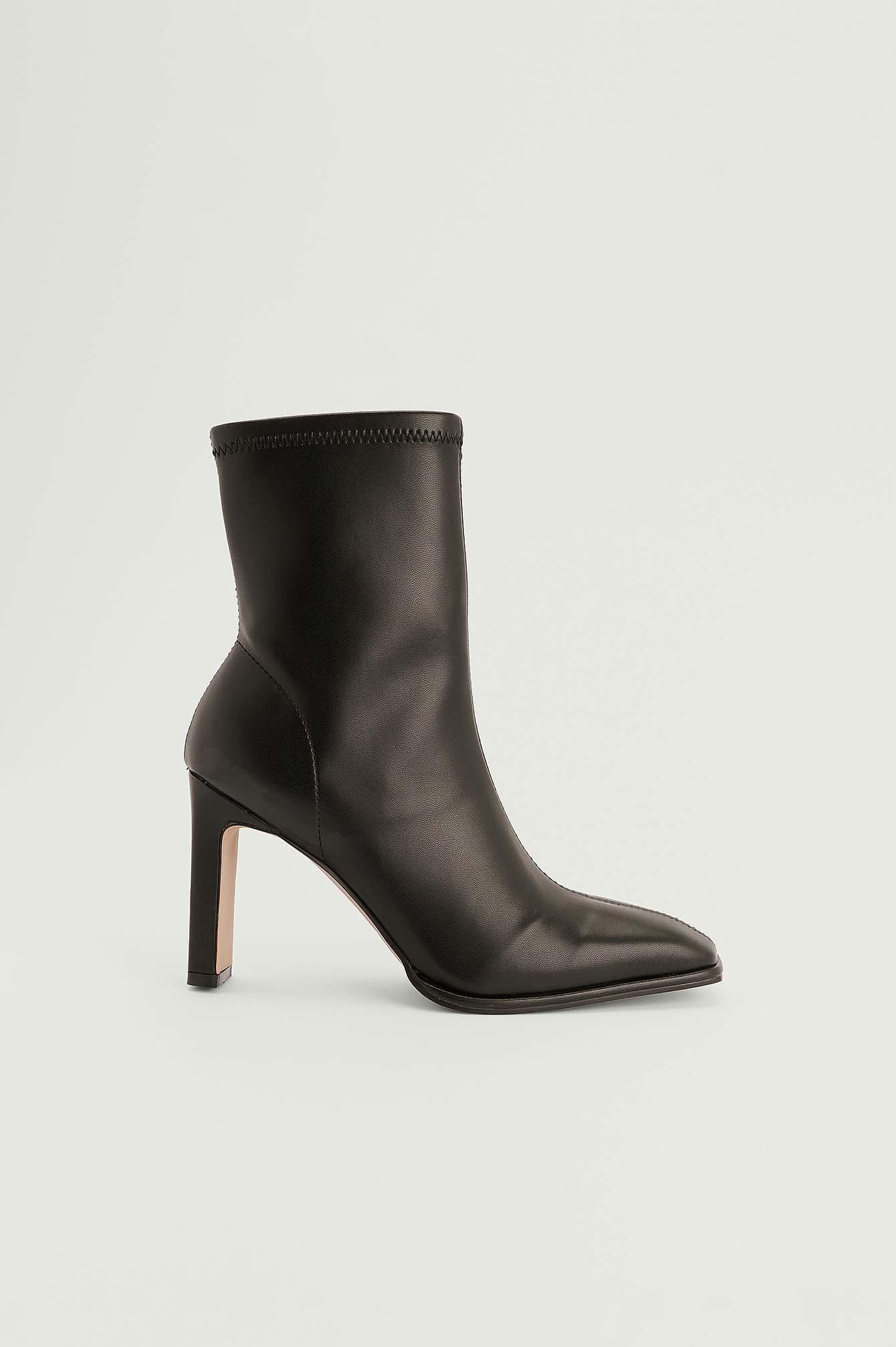 NA-KD Shoes Tætsiddende ankelstøvler - Black