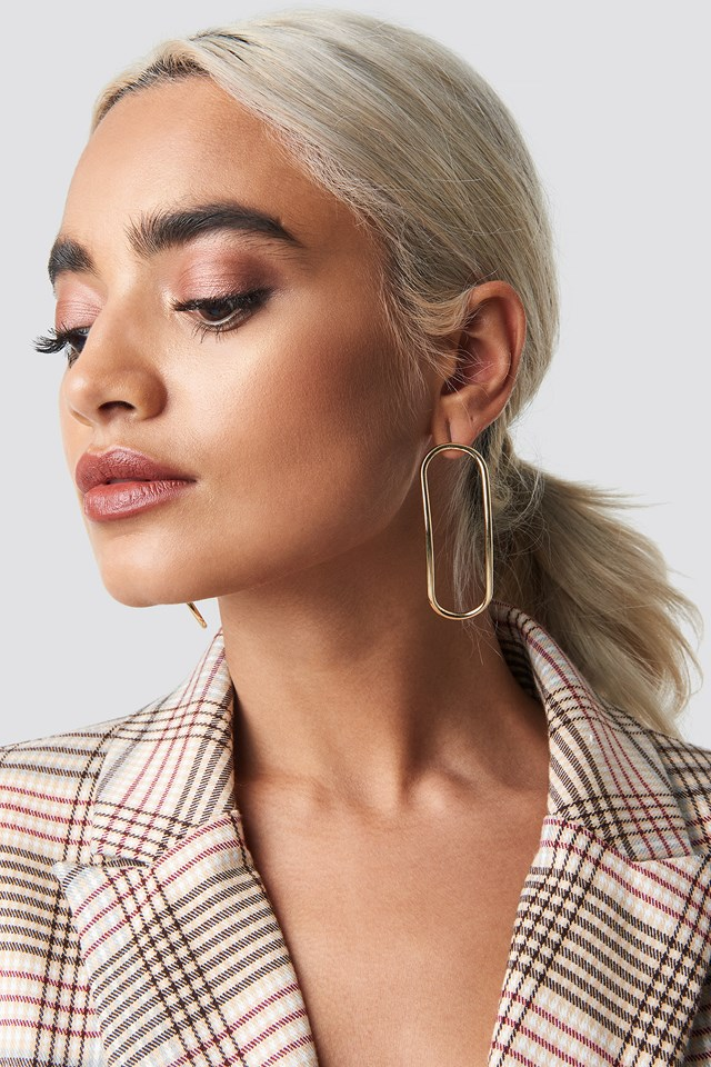 Slim Bent Oval Earrings NA-KD.COM
