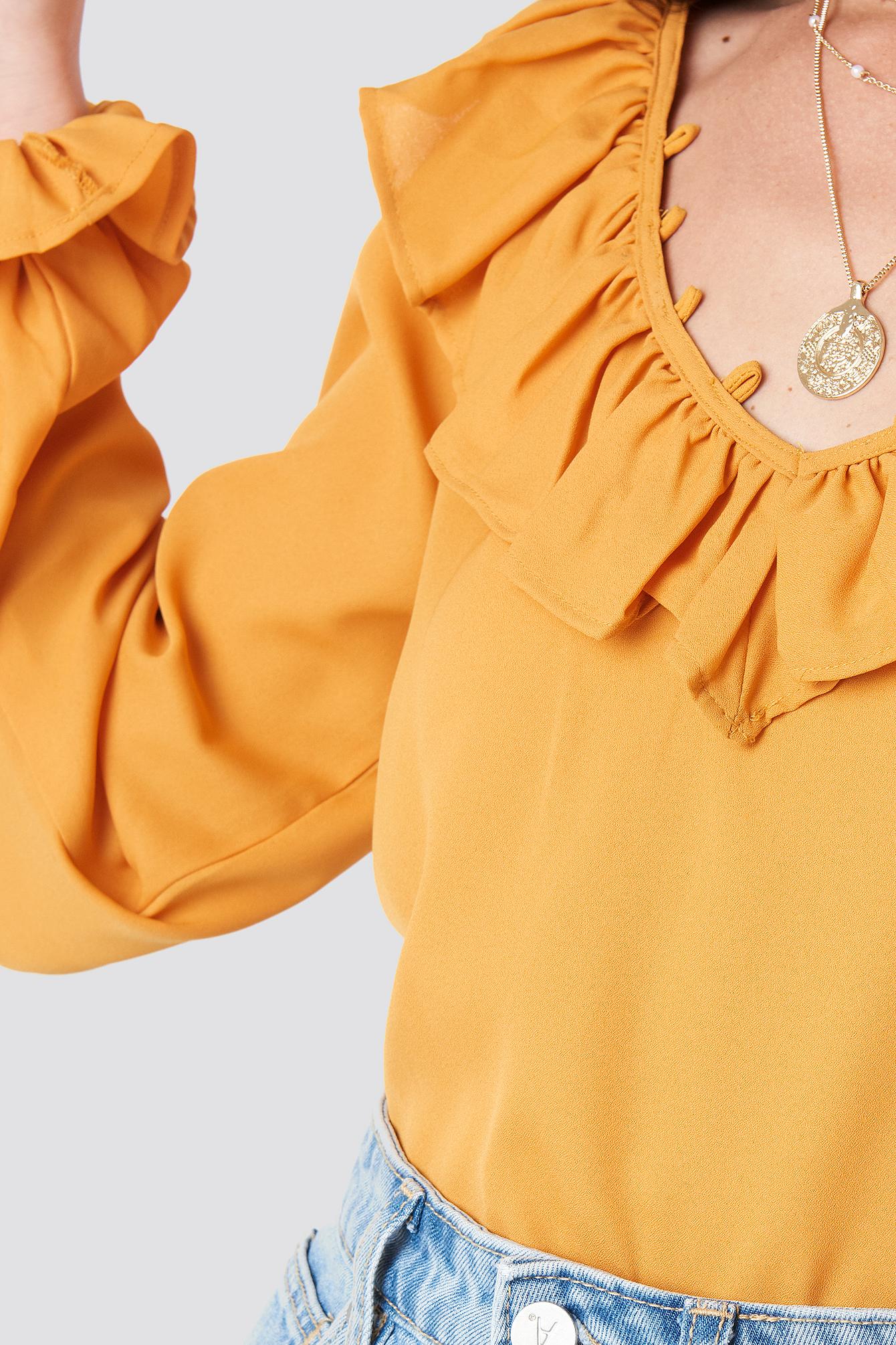 Slip Shoulder Flounce Blouse NA-KD.COM