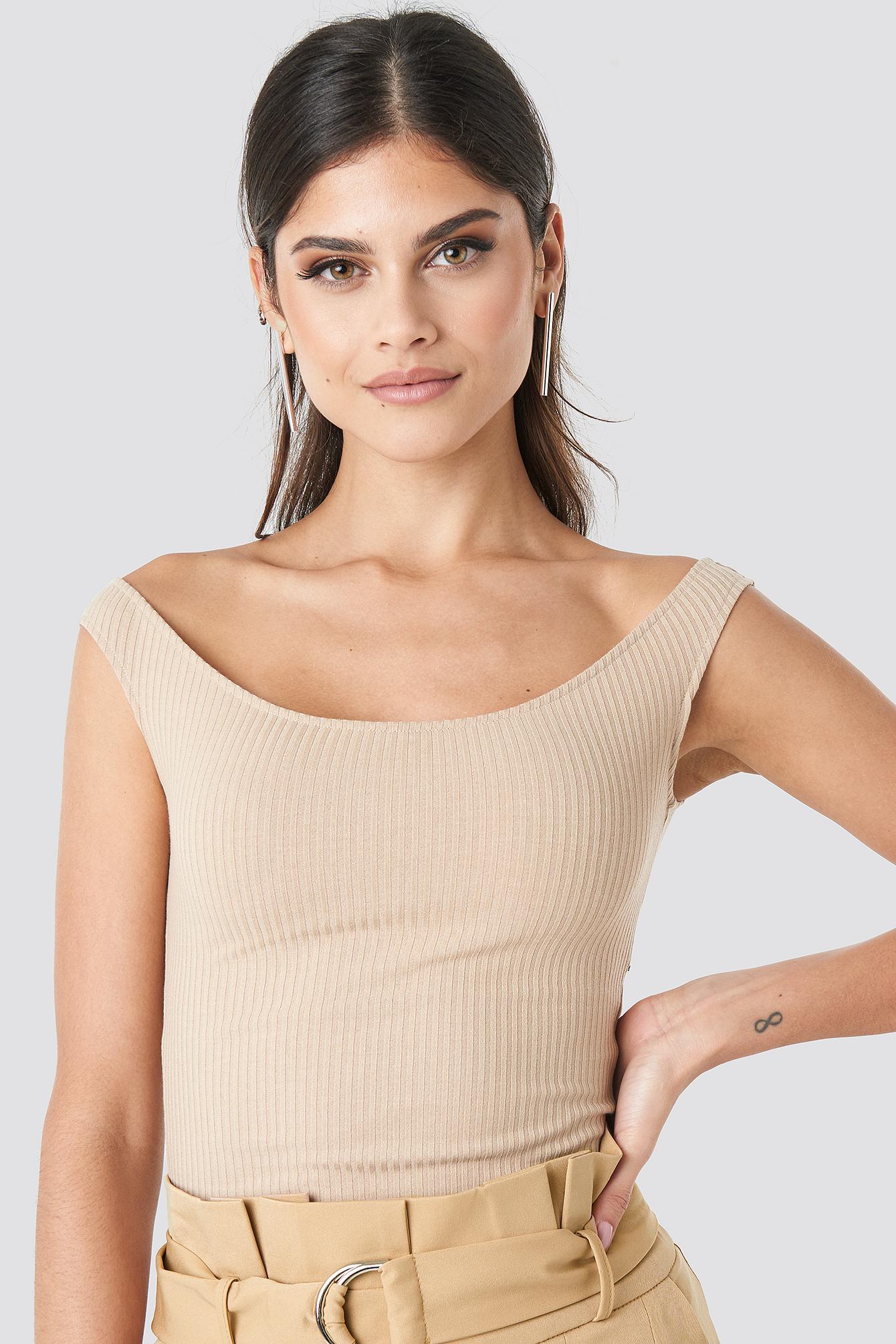na-kd -  Slip Shoulder Ribbed Body - Beige