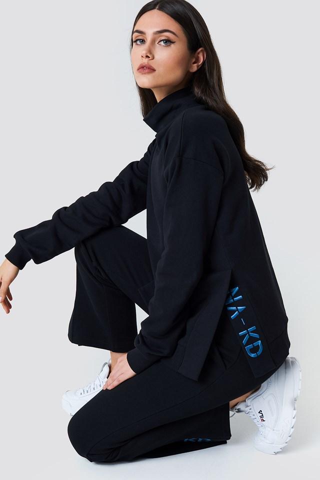 Slit Embroidery Sweatshirt Black