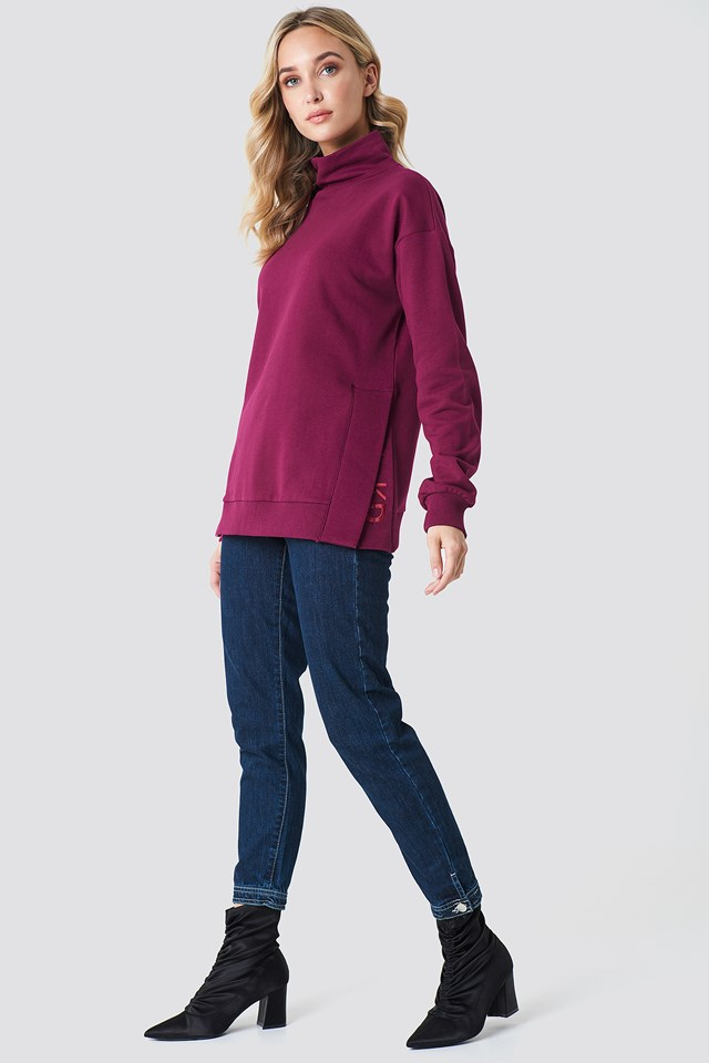 Slit Embroidery Sweatshirt Burgundy