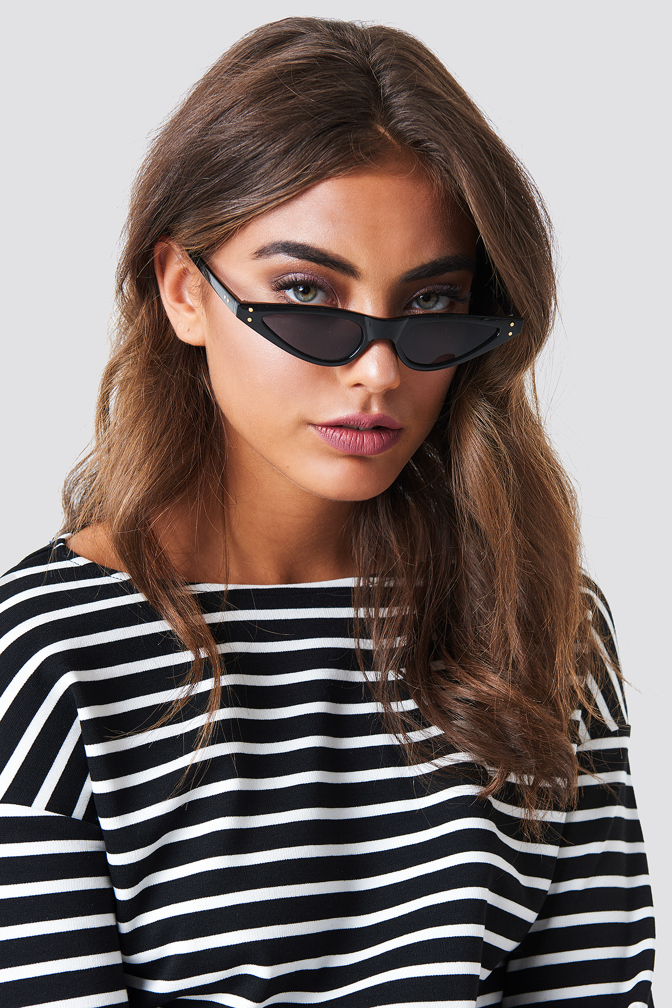 na-kd accessories -  Small Cat Eye Sunglasses - Black