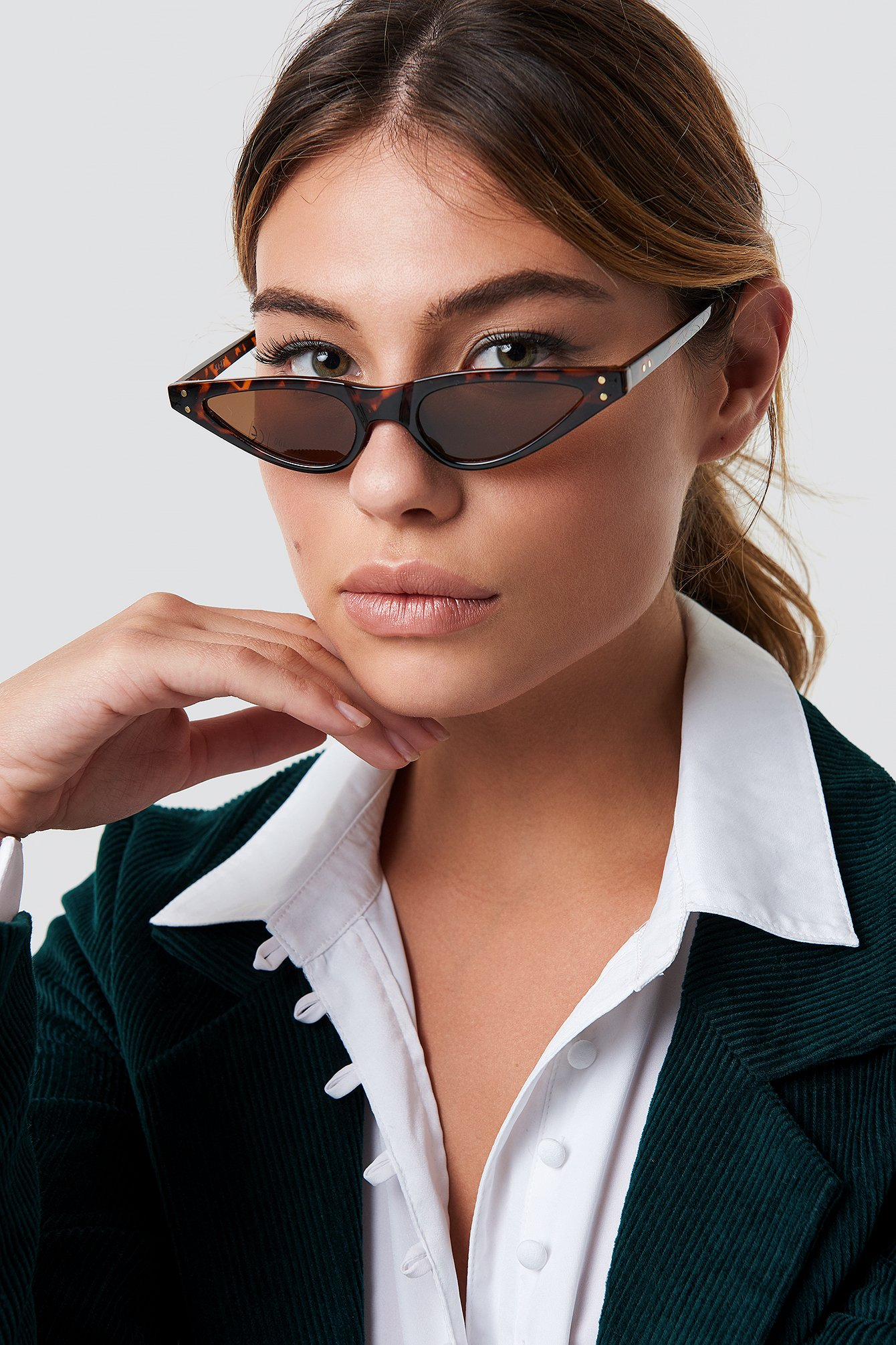 na-kd accessories -  Small Cat Eye Sunglasses - Brown