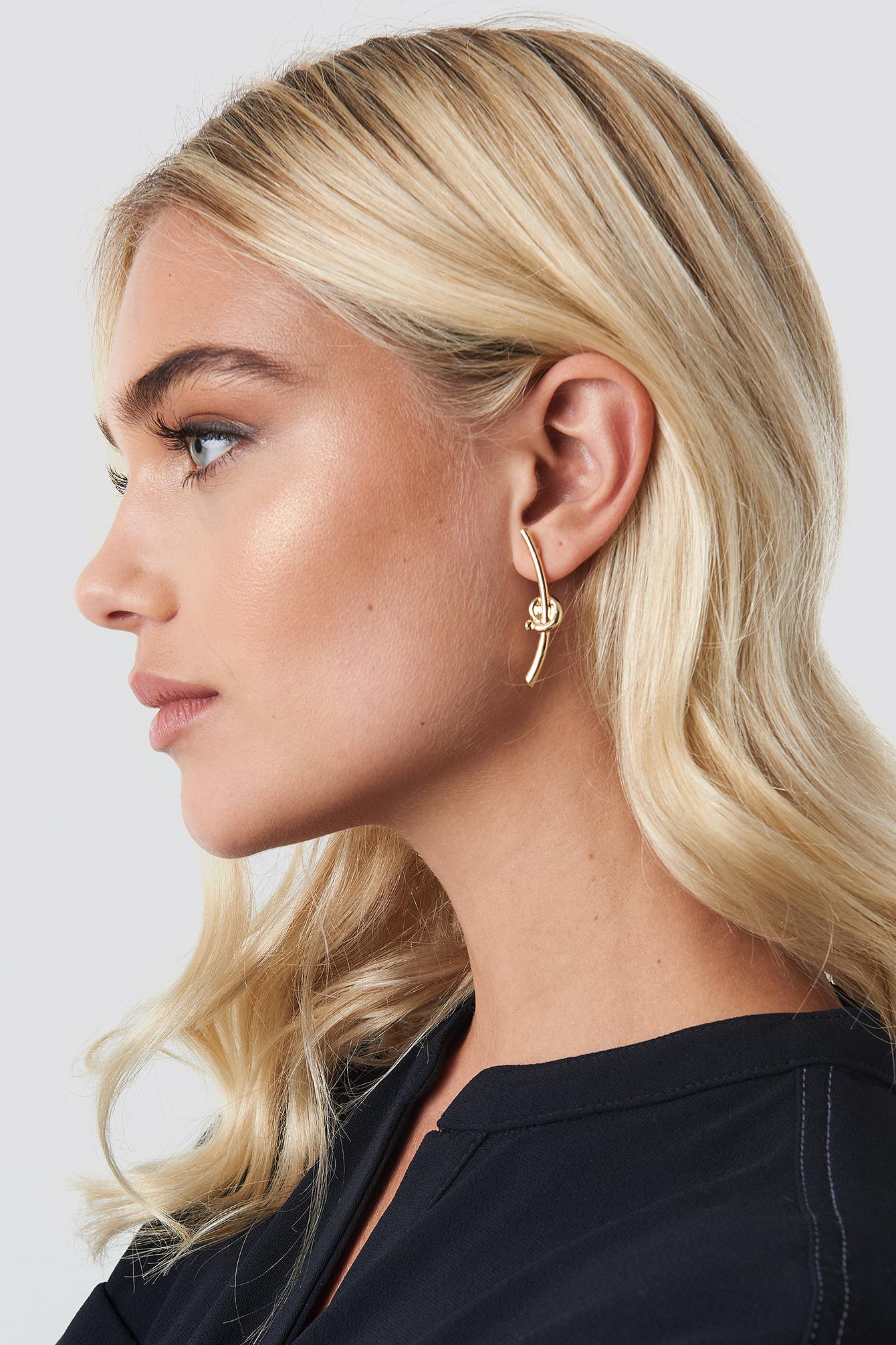 Small Knot Bar Earrings NA-KD.COM