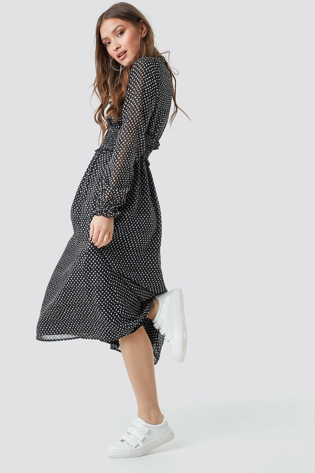 Smock Detail V-Neck Midi Dress NA-KD.COM