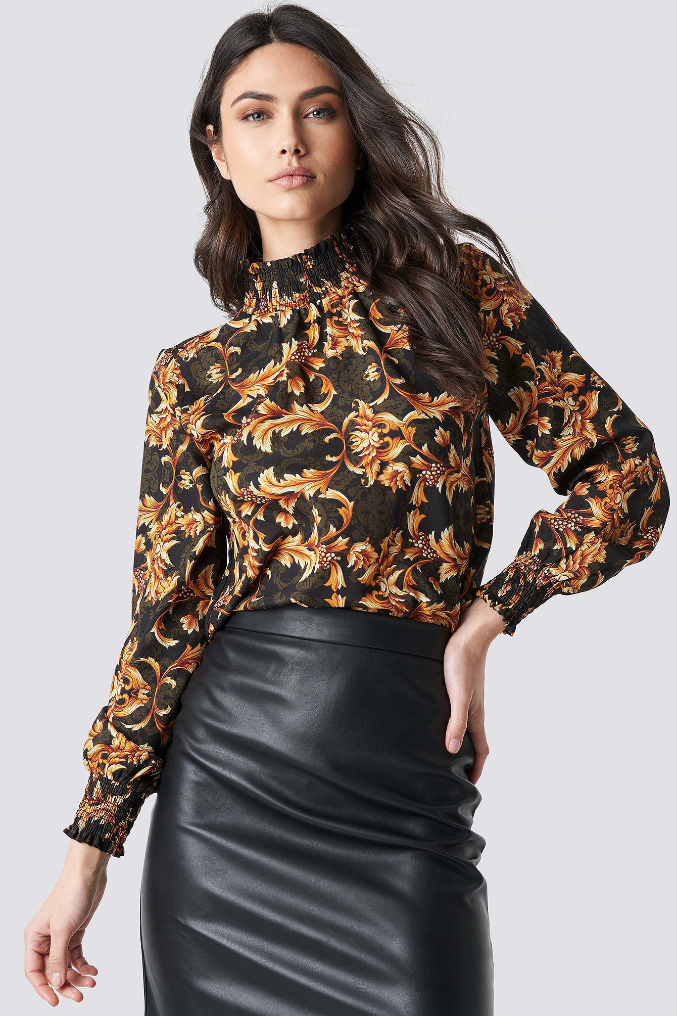 Smock Neck Black Print Top NA-KD.COM