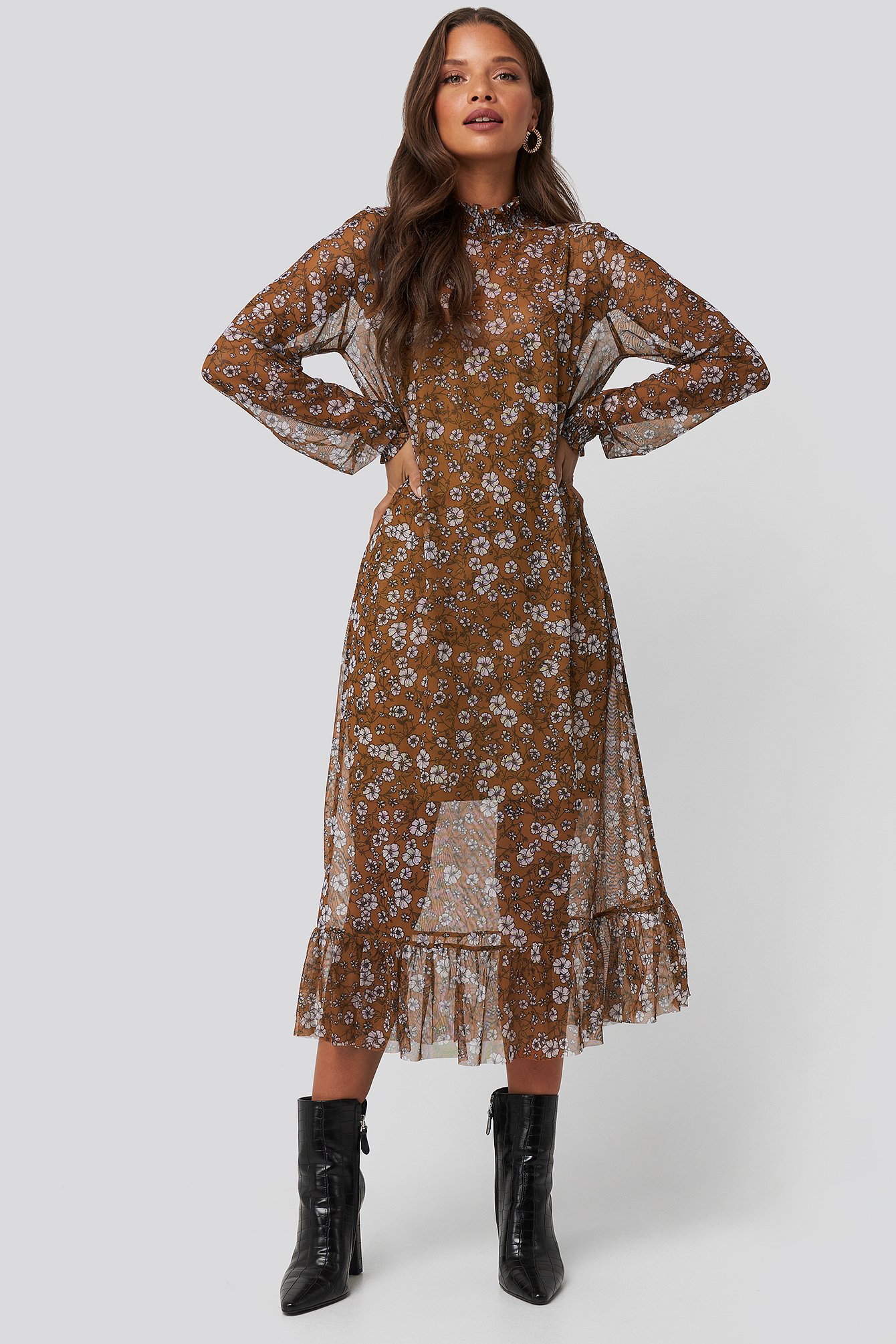na-kd trend -  Smock Neck Printed Mesh Dress - Brown