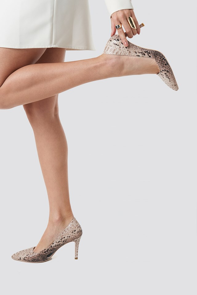 Snake Classy Pointy Pumps Nude