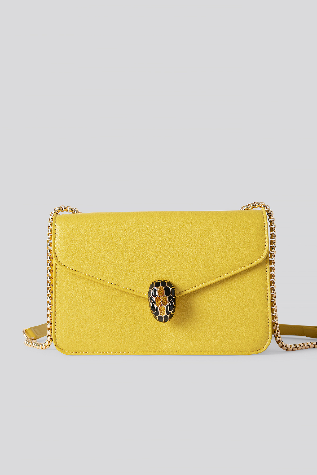 Burned Yellow Snake Head Closure Bag