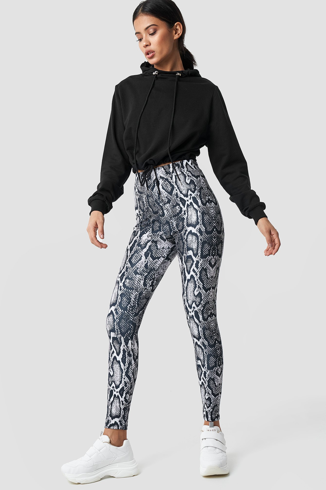 na-kd -  Snake Print Leggings - Multicolor