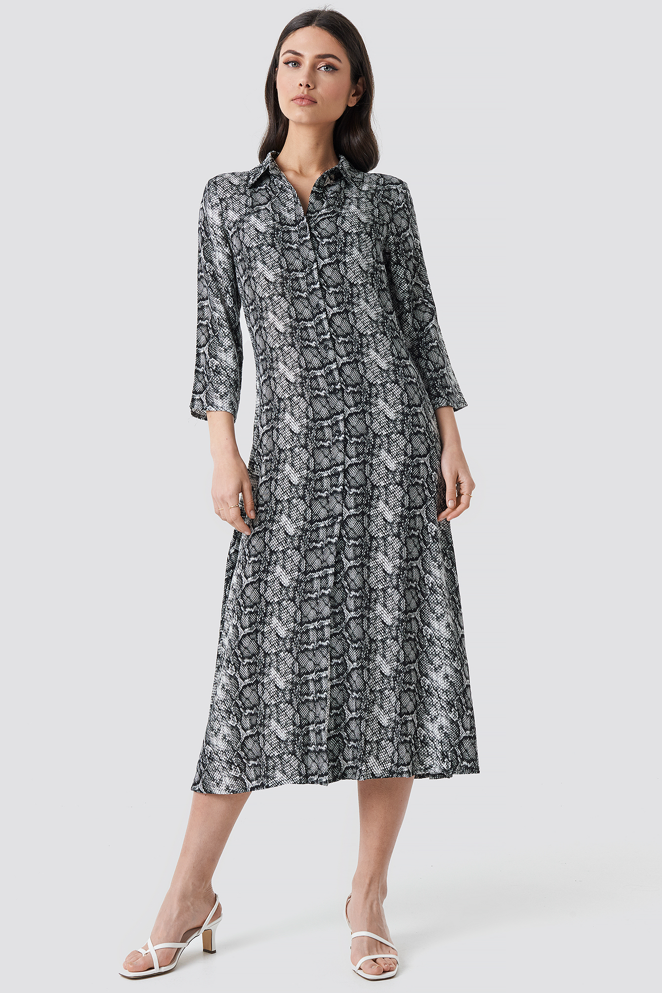 na-kd -  Snake Printed Ankle Shirt Dress - Grey