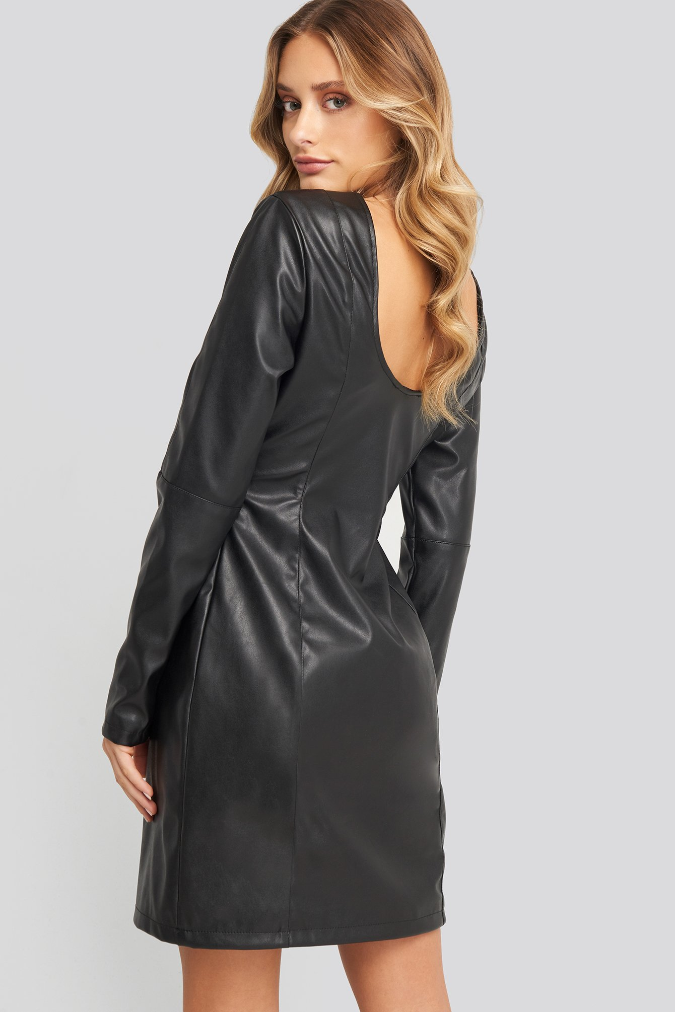 na-kd party -  Soft Mini LS PU Dress - Black