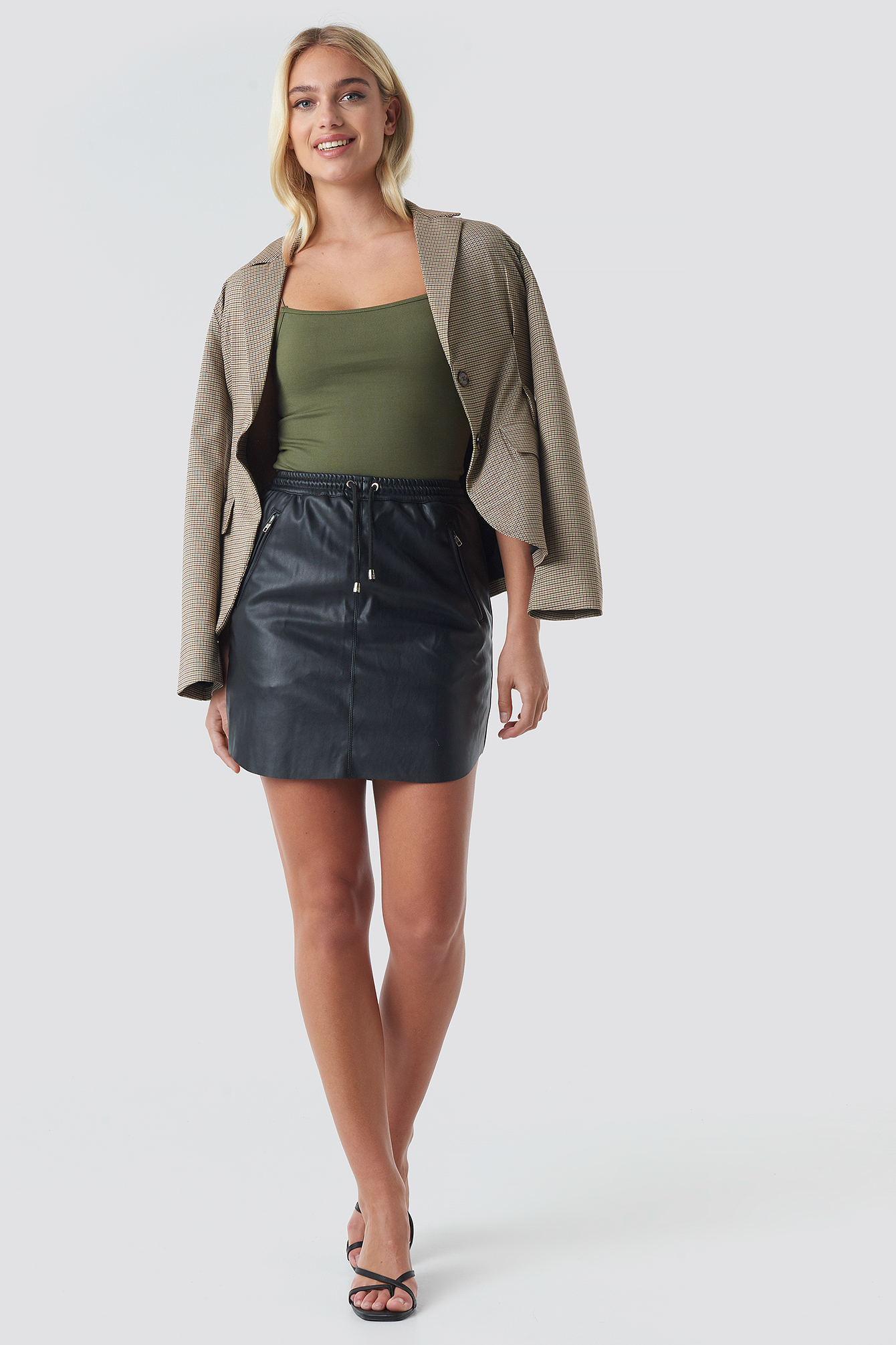 PU Curve Hem Mini Skirt NA-KD.COM