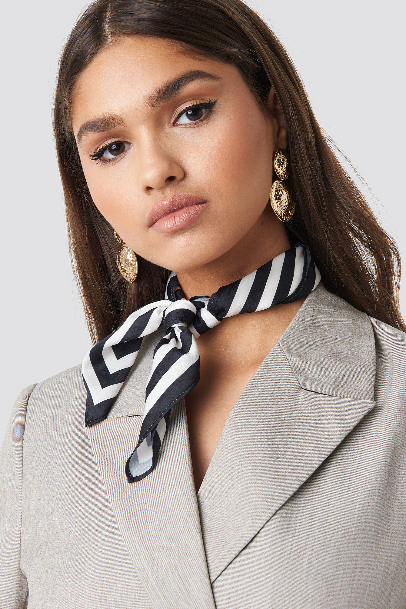 Striped Edge Satin Scarf NA-KD.COM