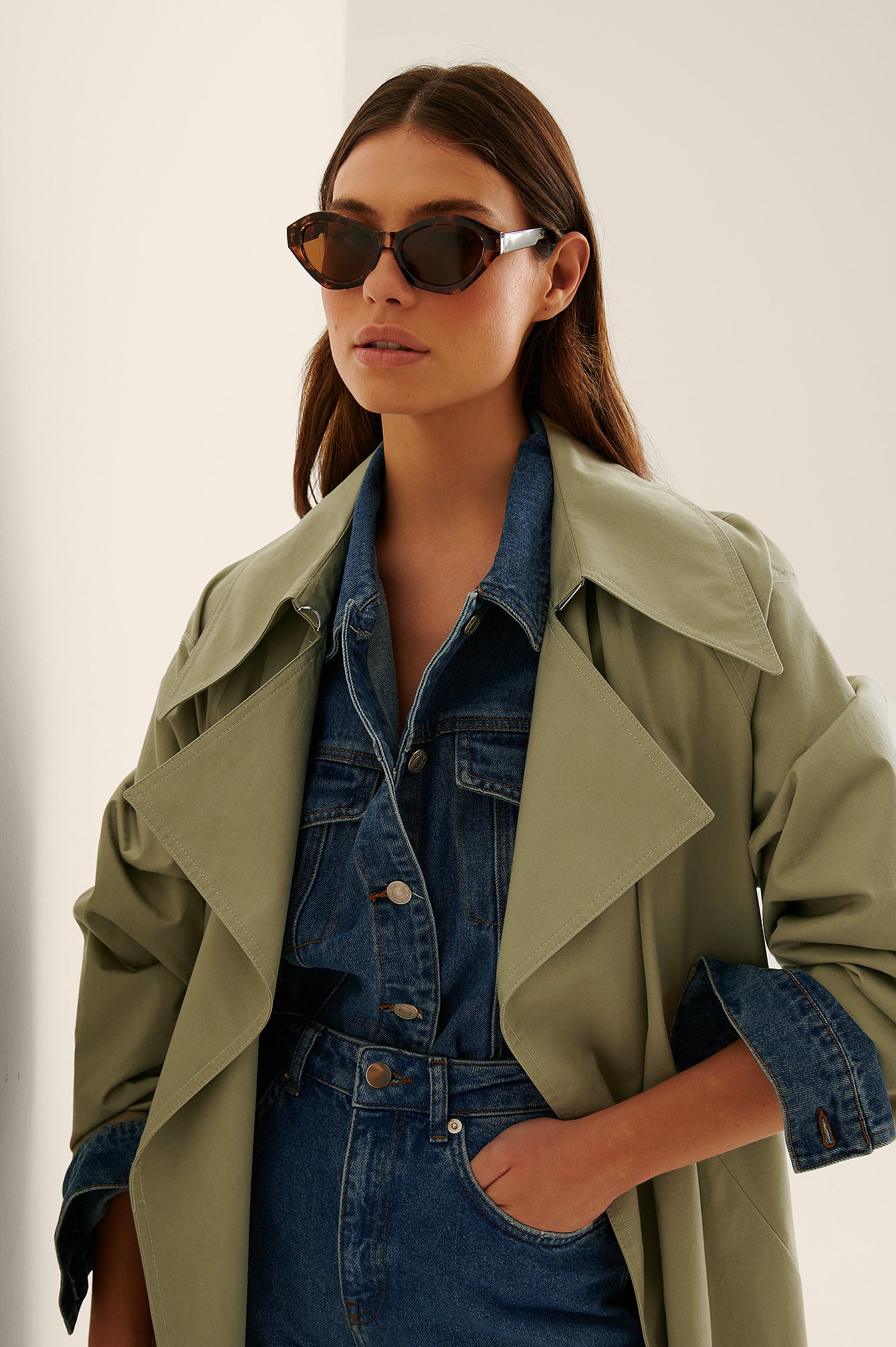 na-kd accessories -  Eckige Cateye-Sonnenbrille - Brown