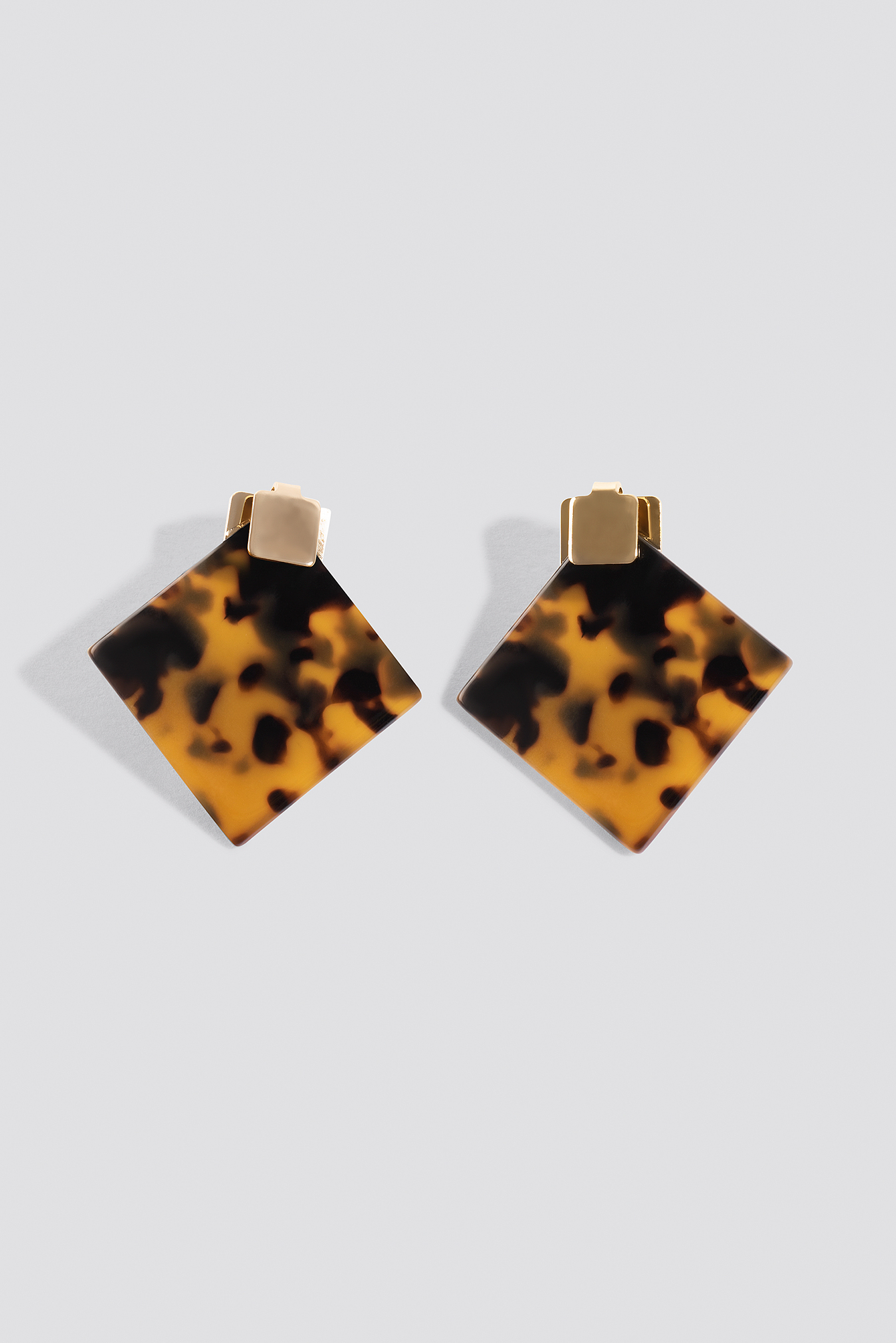 Squared Resin Stud Earrings NA-KD.COM