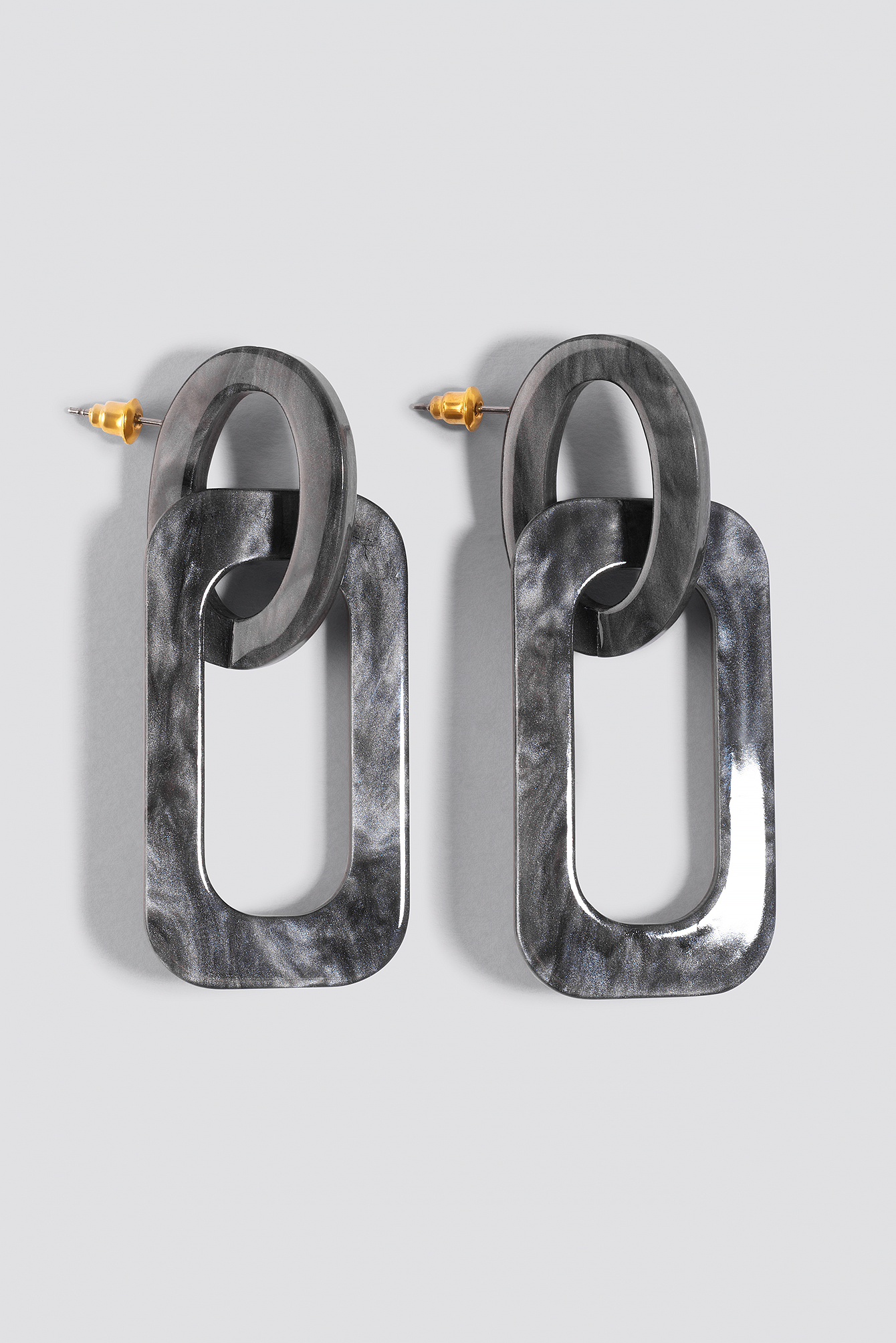 na-kd accessories -  Squared Resin Earrings - Grey
