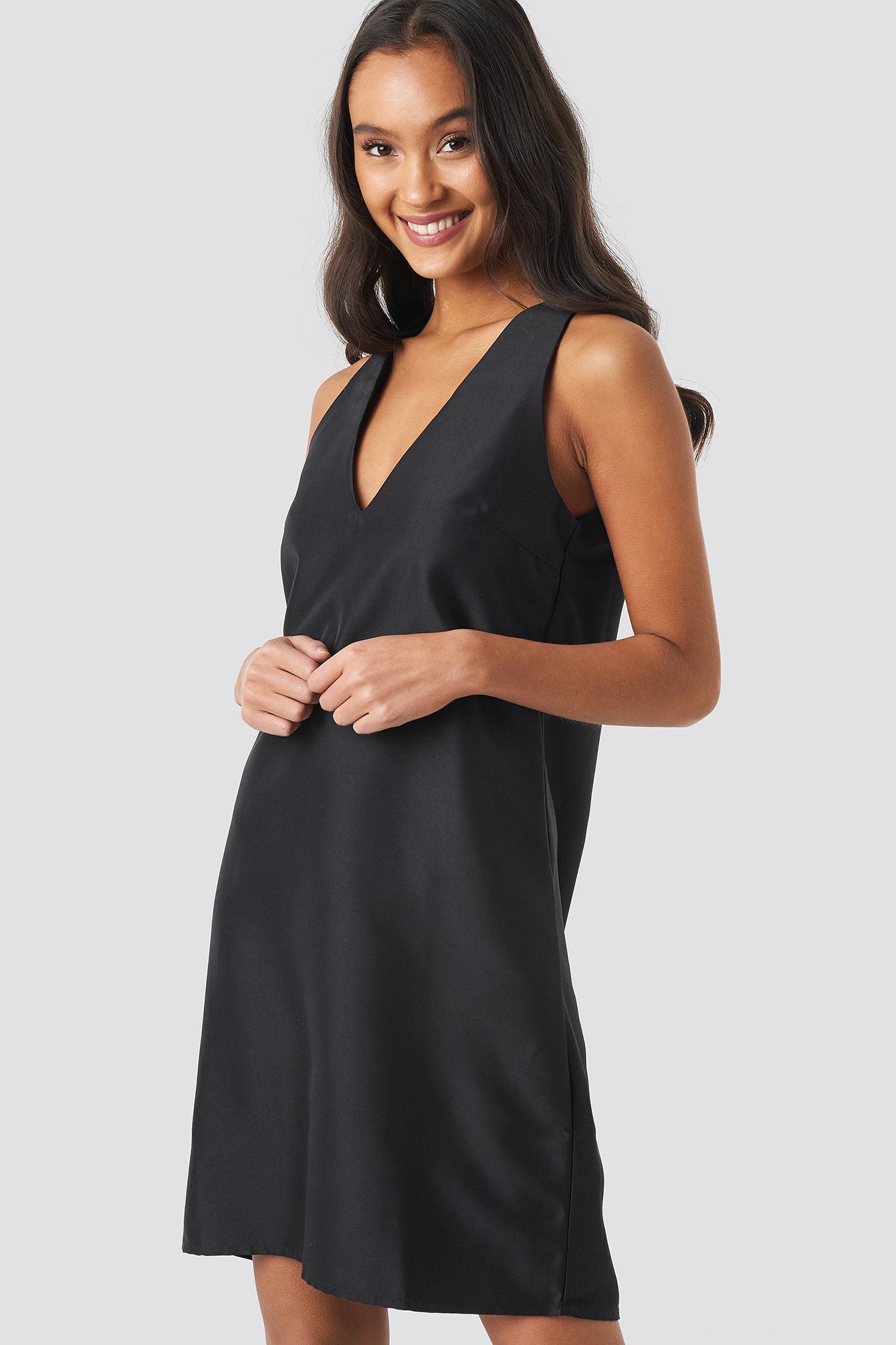 Straight V-Neck Mini Dress NA-KD.COM