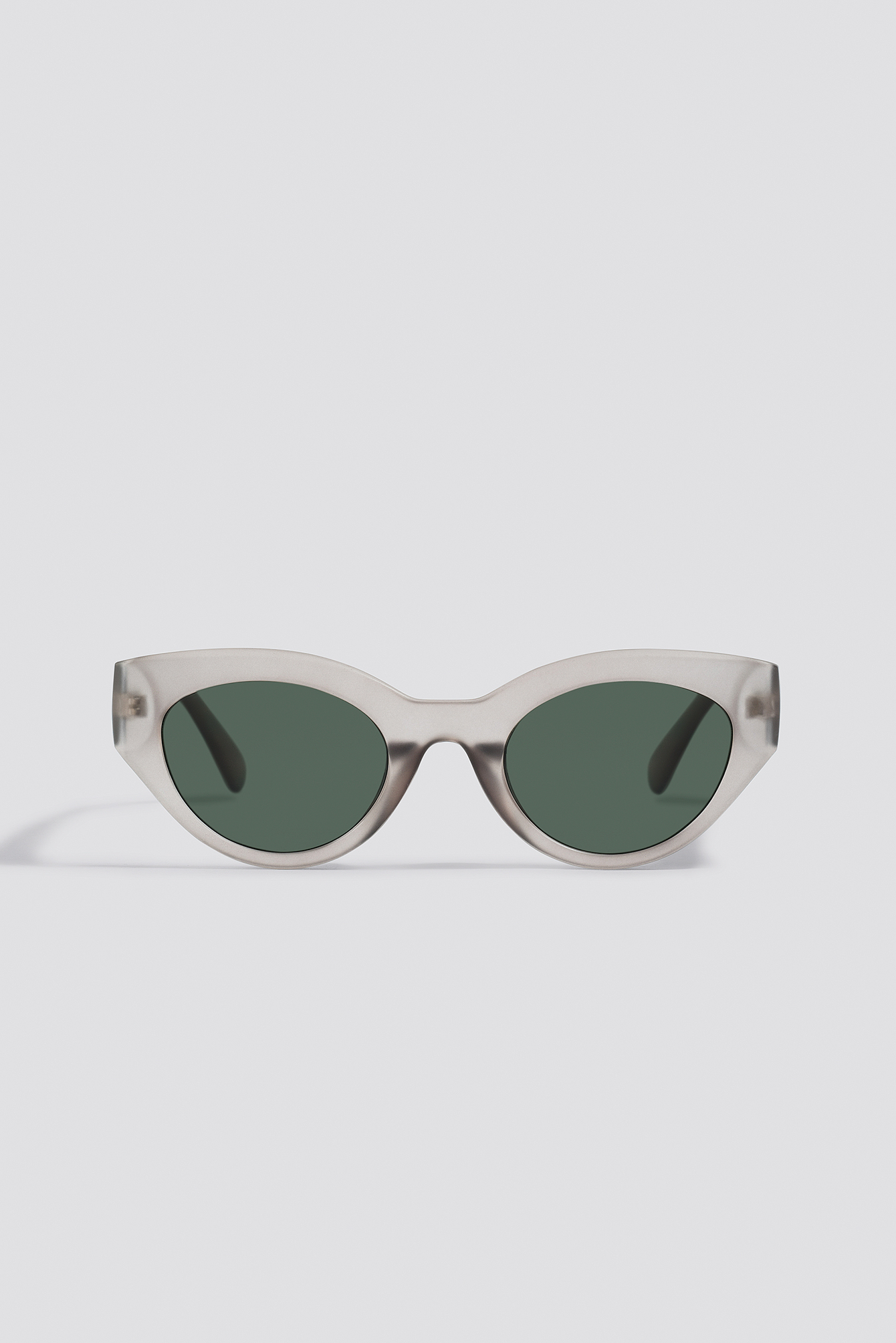 na-kd accessories -  Straight End Cat Eye Sunglasses - Grey