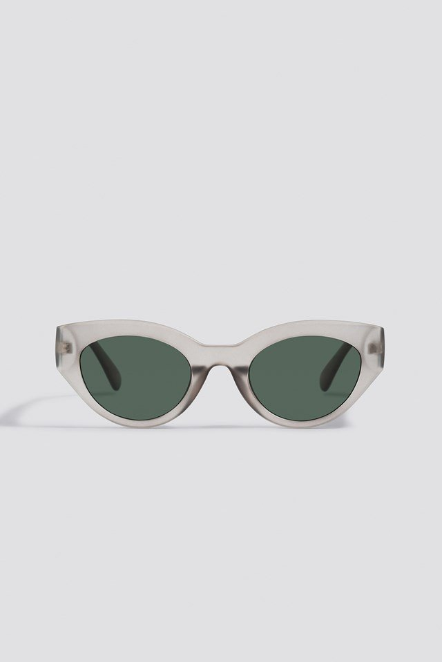 Straight End Cat Eye Sunglasses Grey
