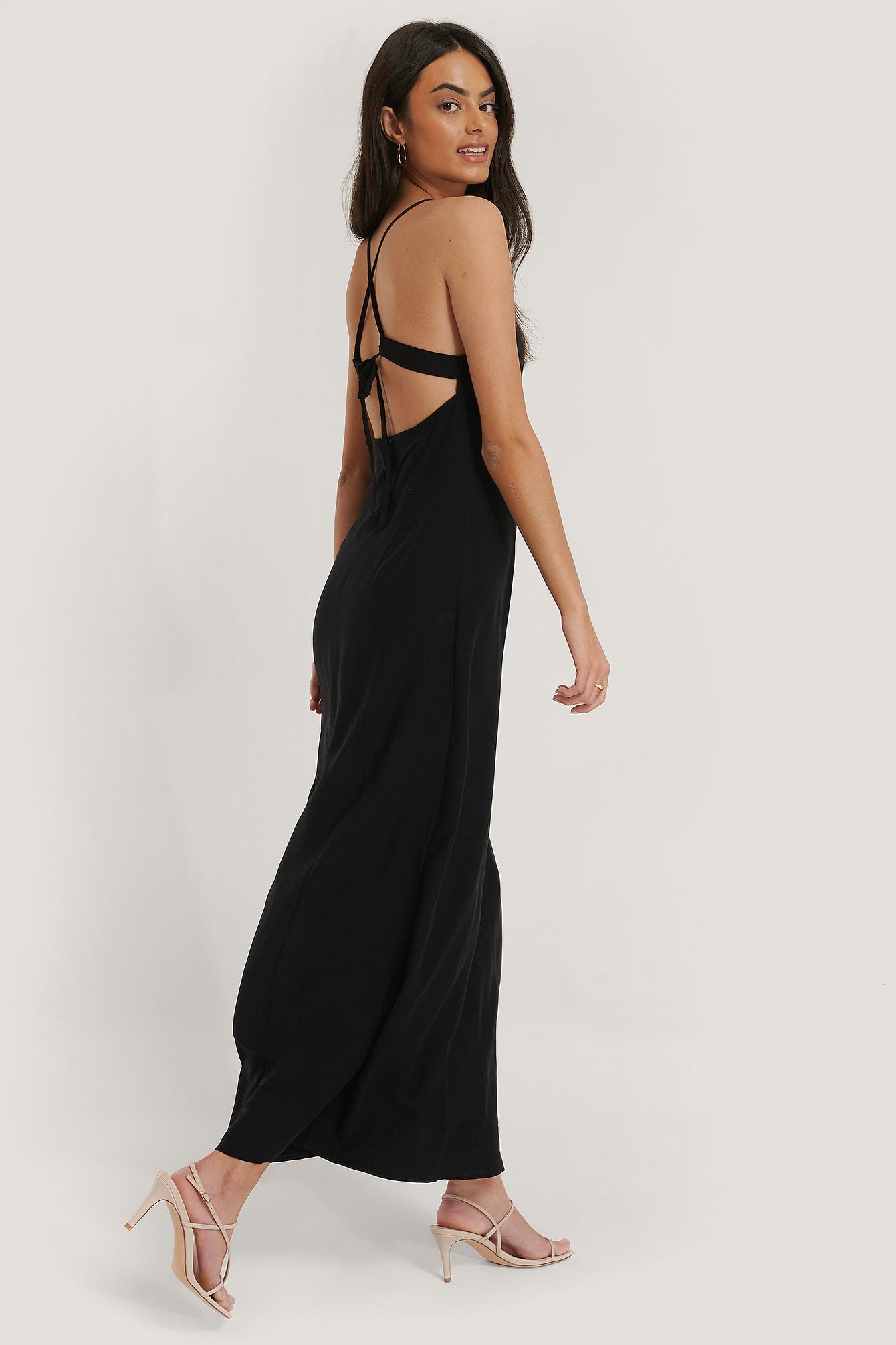 NA-KD Party Kleid Mit Schnürung Hinten - Black | Bekleidung > Kleider > Partykleider | NA-KD Party