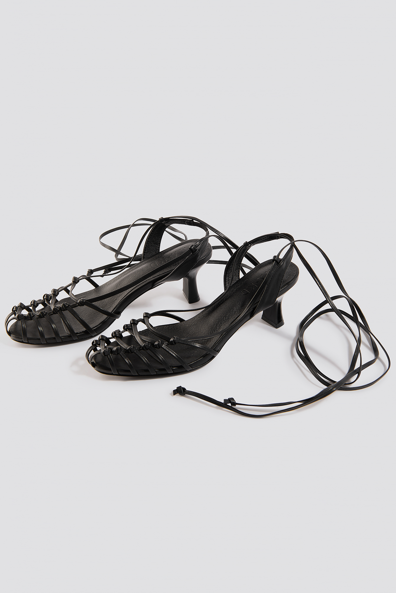Strappy Front Sandals NA-KD.COM