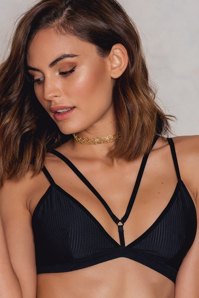 Strappy Striped Triangle Bra Black