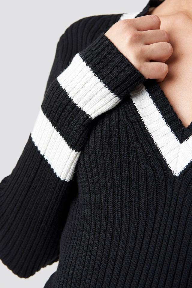 Stripe Detail V-neck Sweater NA-KD.COM