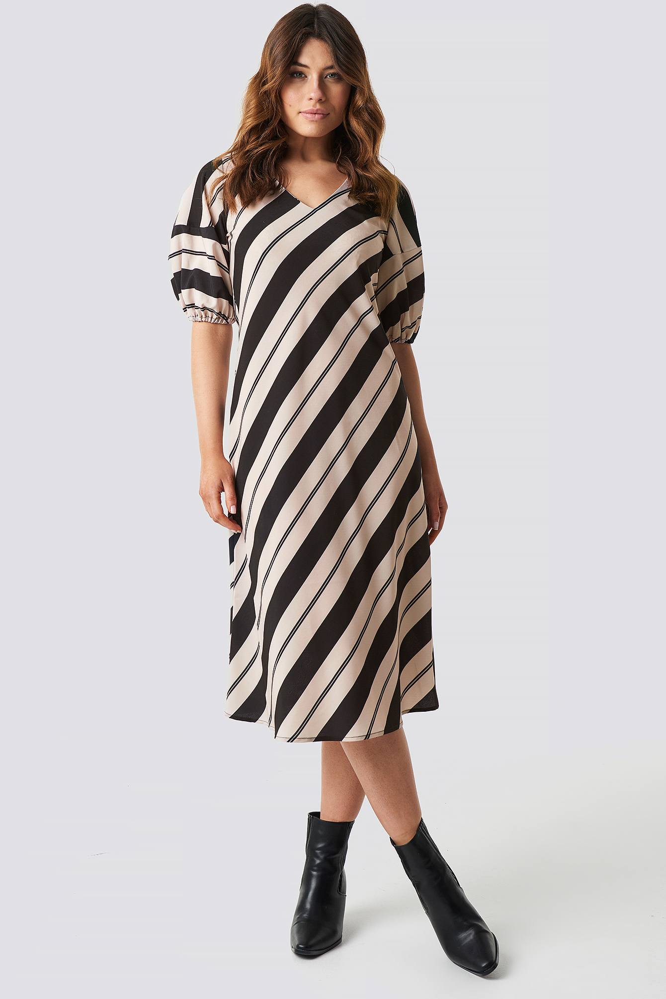 Striped Balloon Sleeve Dress NA-KD.COM