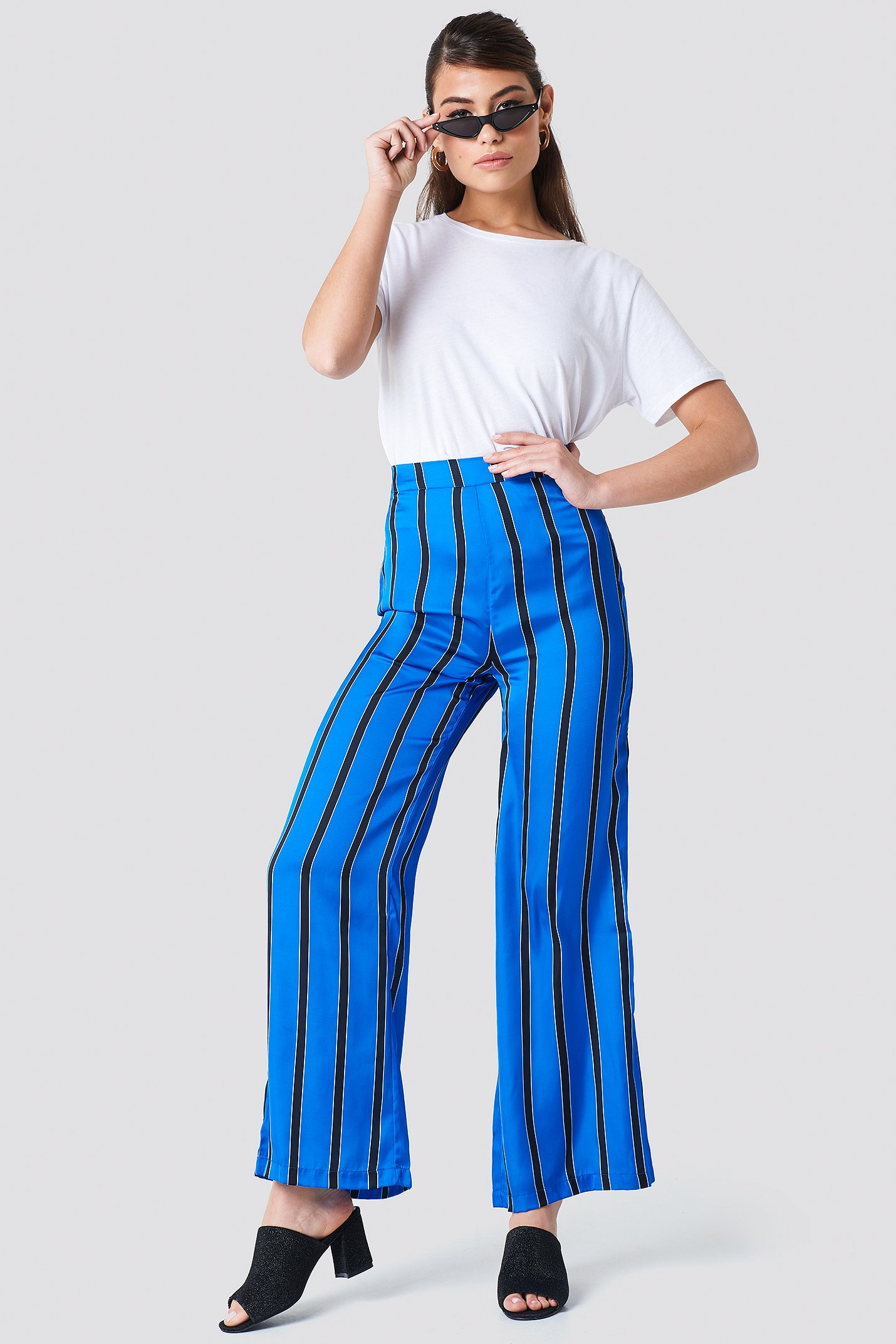 na-kd -  Striped High Waist Flared Pants - Blue