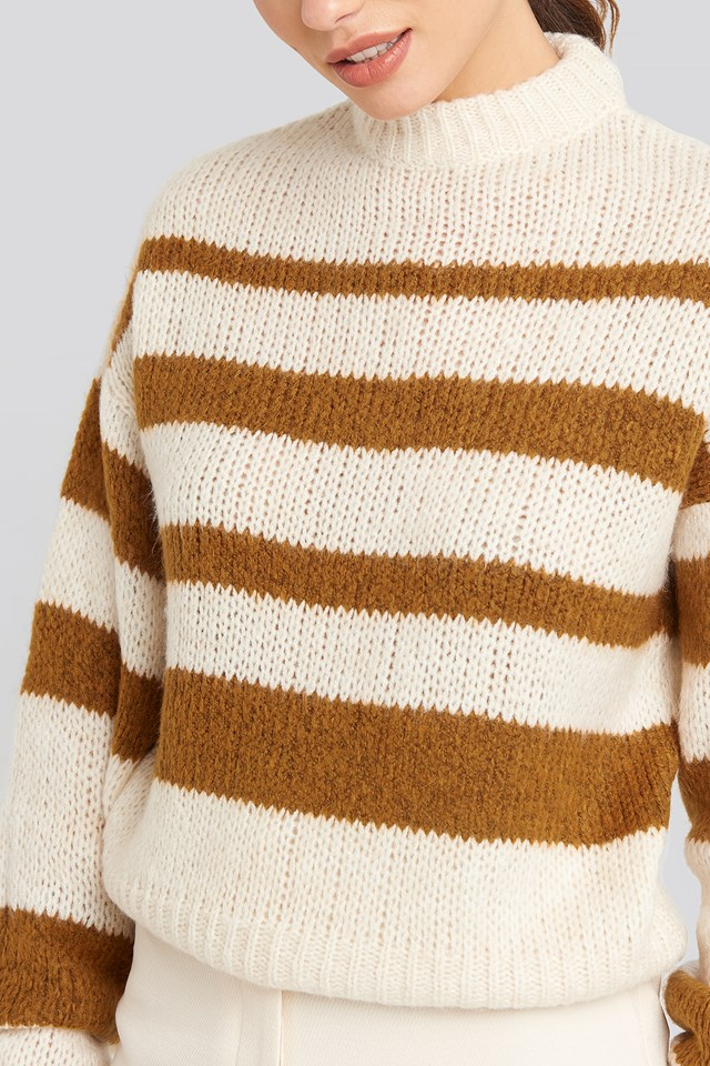 Striped Round Neck Oversized Knitted Sweater Brown