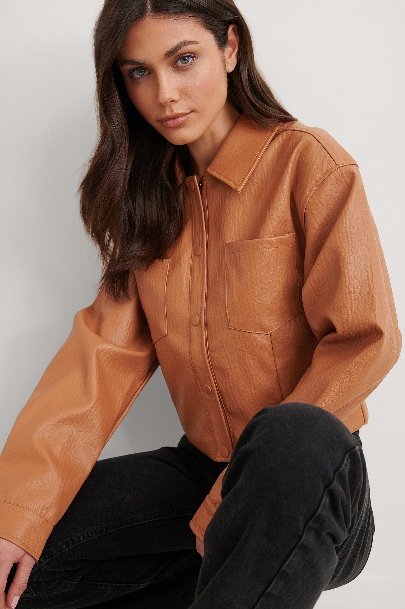 Burnt Orange Kort Pu-Jacka