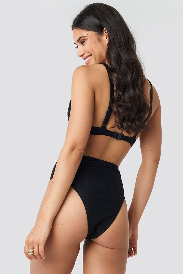 Structured Bridge Detail Bikini bra Black
