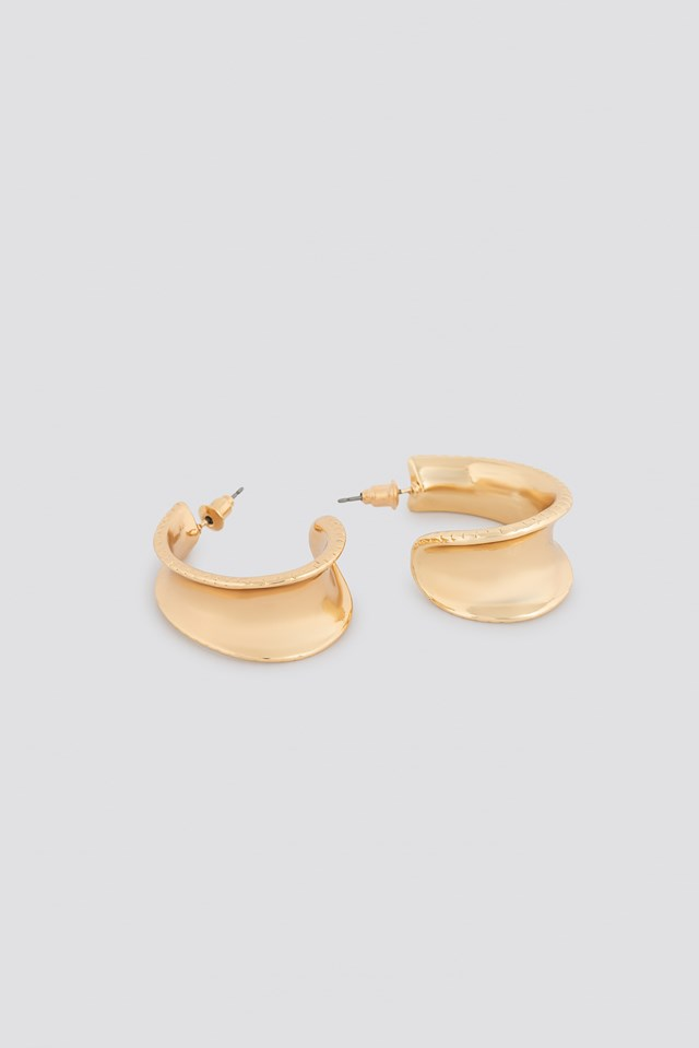 Structured Edge Oval Hoops Gold