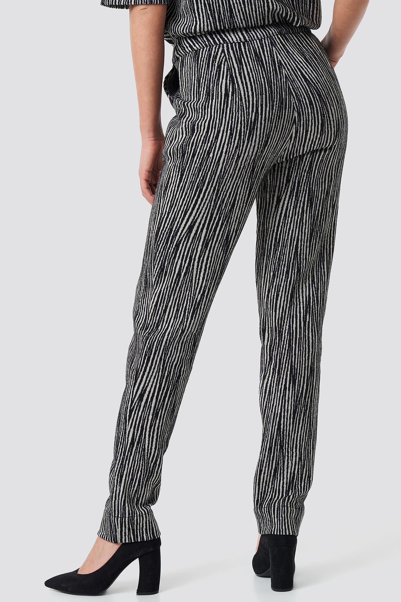 Structured Glittery Pants NA-KD.COM