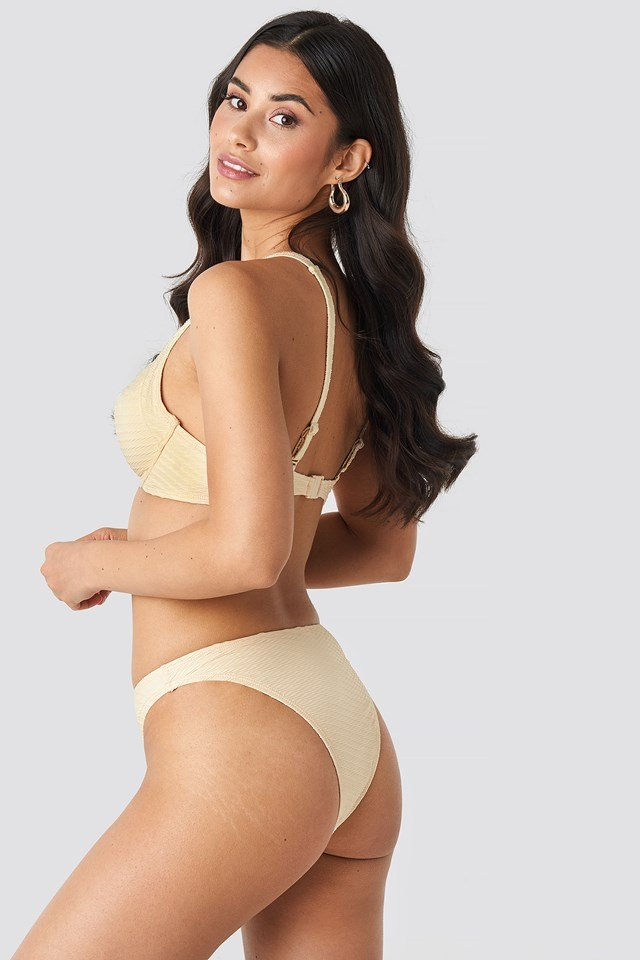 Structured High Cut Bikini Panty Cream