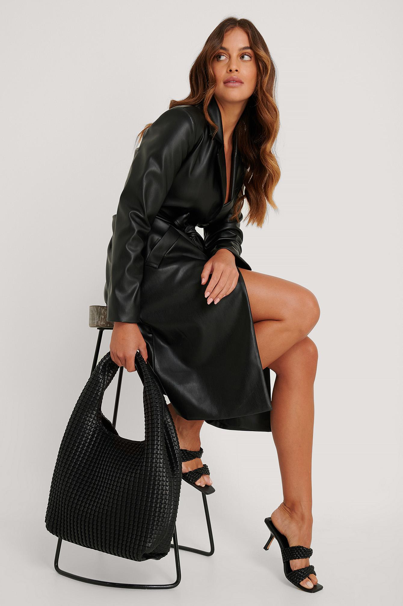 na-kd accessories -  Strukturierte Hobo-Tragetasche - Black